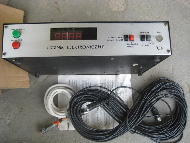 Elektronické počítadlo LE 141 246 PLN F / DPH
