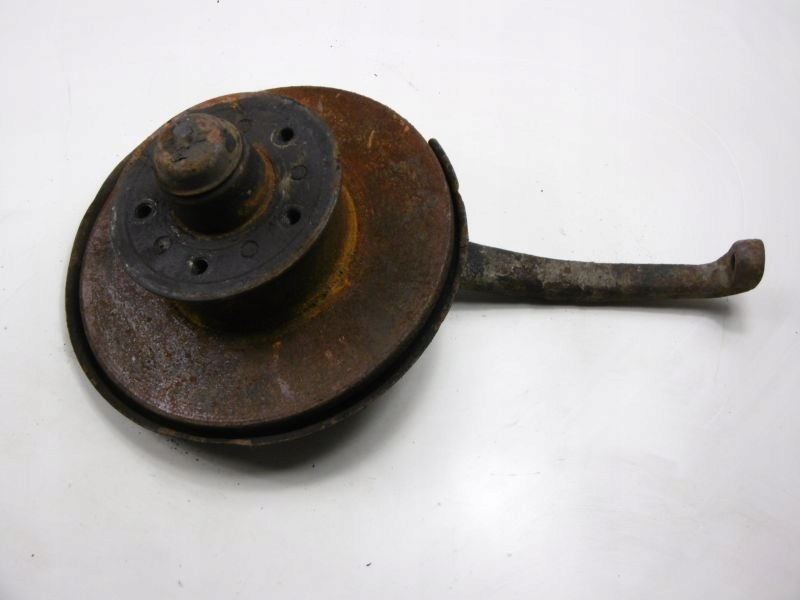 Picture of MERCEDES 123 W123 WHEEL HUB FRONT RIGHT 2 , 4D