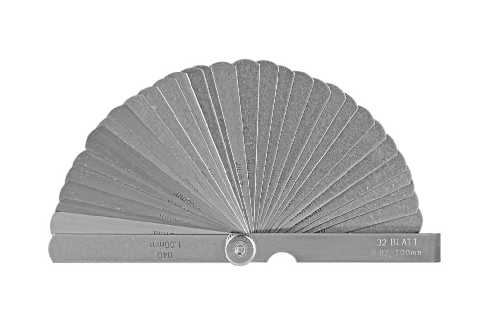 Szczelinomierz 32 listków 0,04-0,88/100 mm