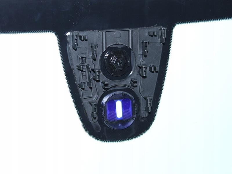 Picture of WINDSHIELD MERCEDES GLA X-156 2012-2015 SENSOR
