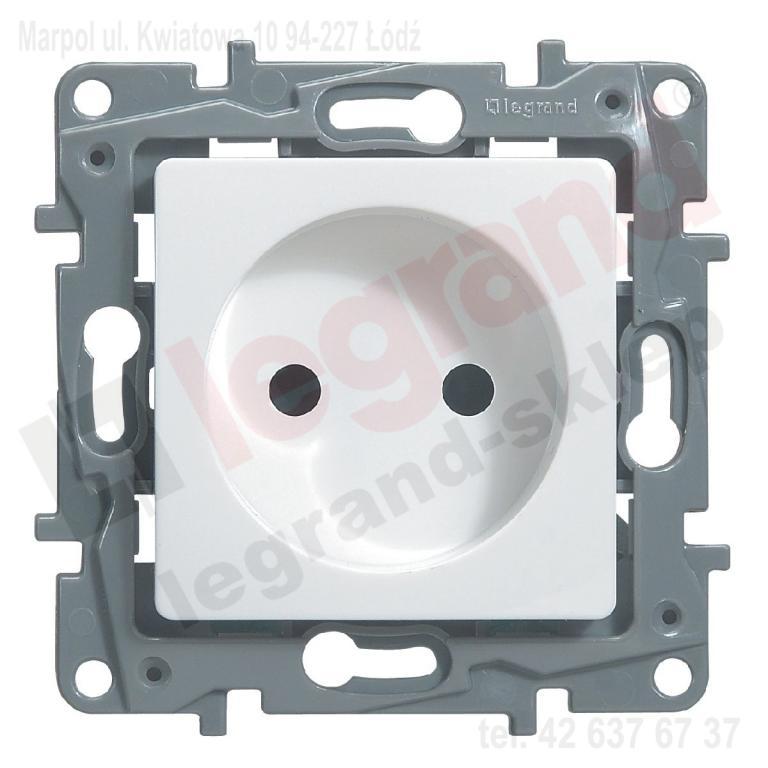 Legrand 764538 NILOE 2P 16A Socket White