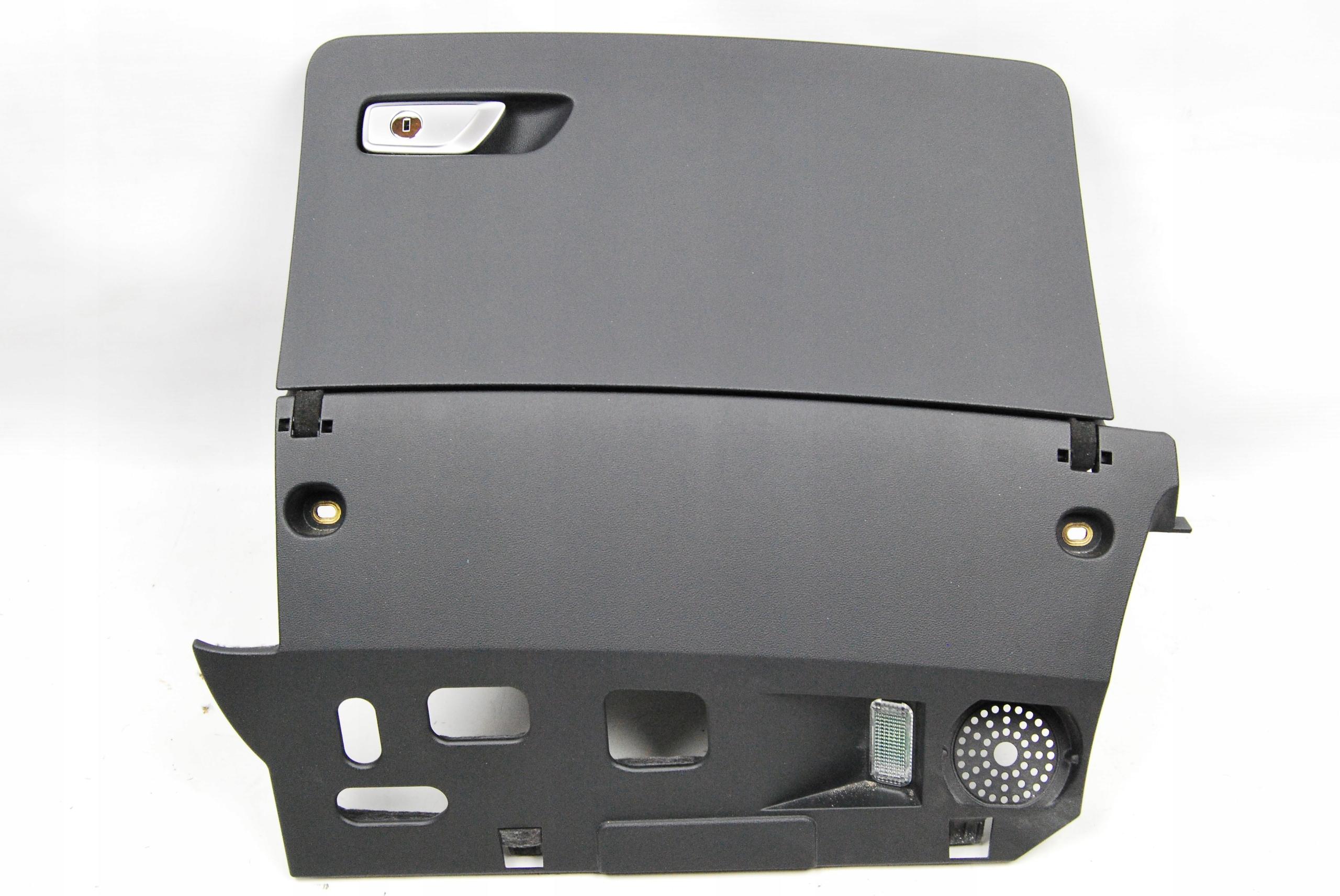 Тайник пассажира Audi TT TTS 8S1857035 6PS изображение 1