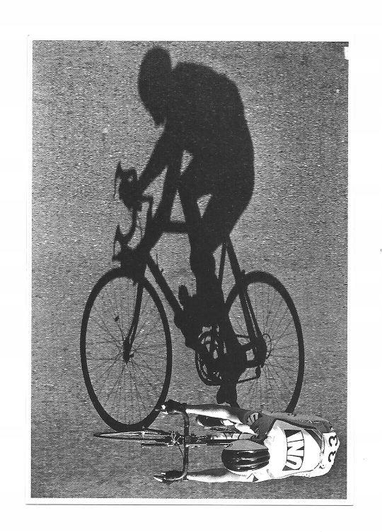 Pocztówka - Kolarz i jego cień / rowerzysta ...