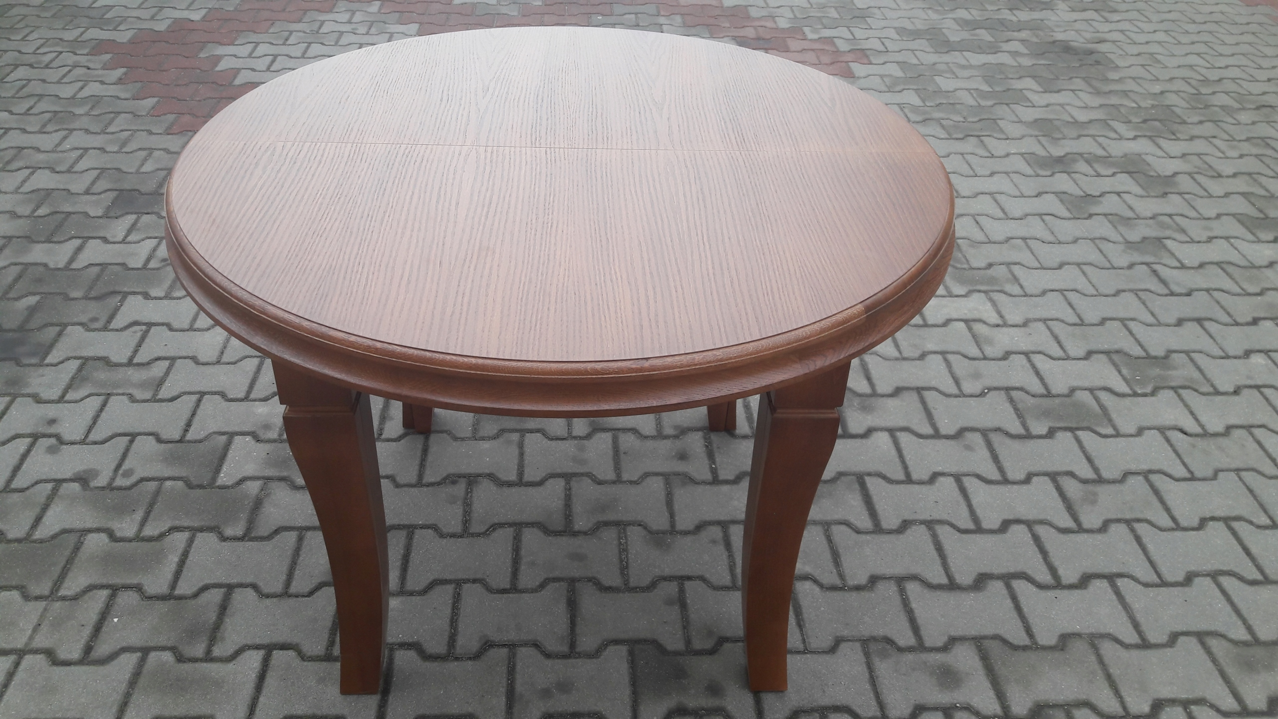 Okrúhly stôl 130 cm x 430 cm Mega rozkladací 8 nožičiek