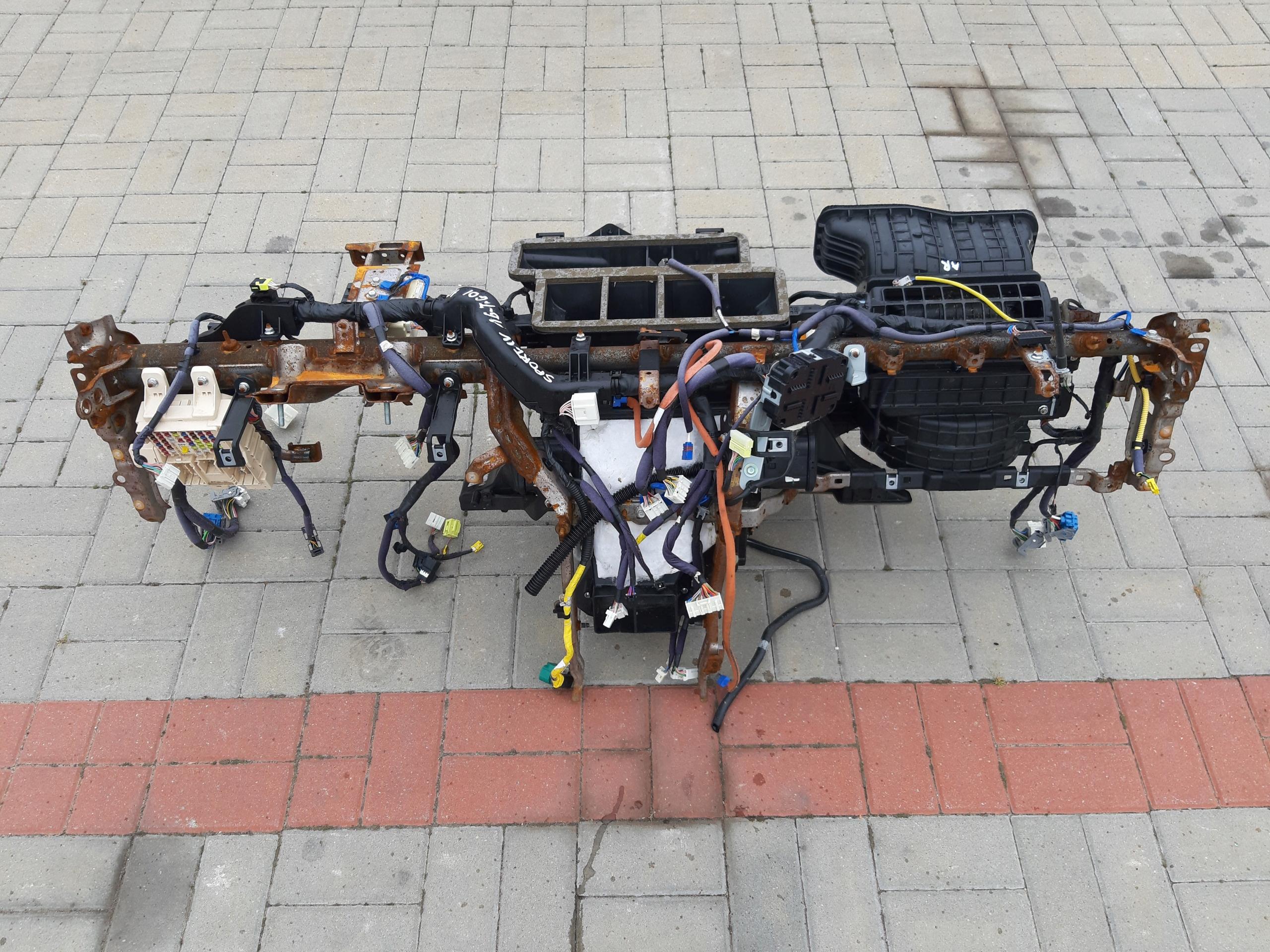 каркас труба нагреватель kia sportage iv 16 t-gdi