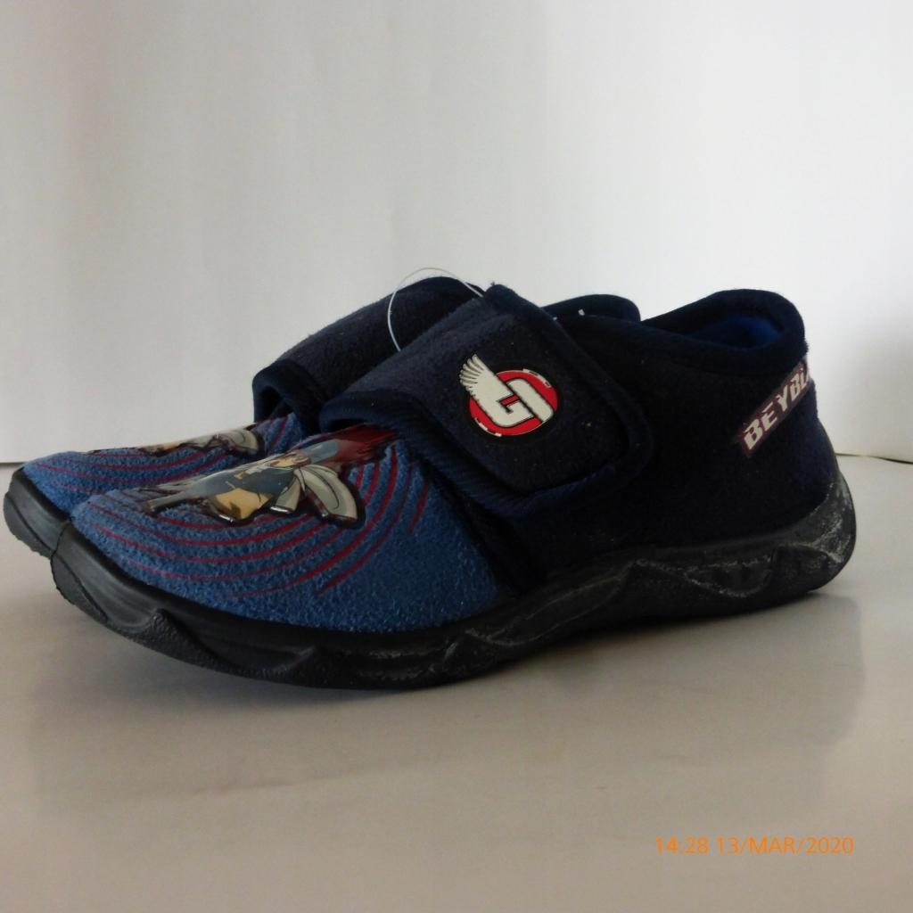 Papuče na suchý zips Beyblade protišmykové r 29 D
