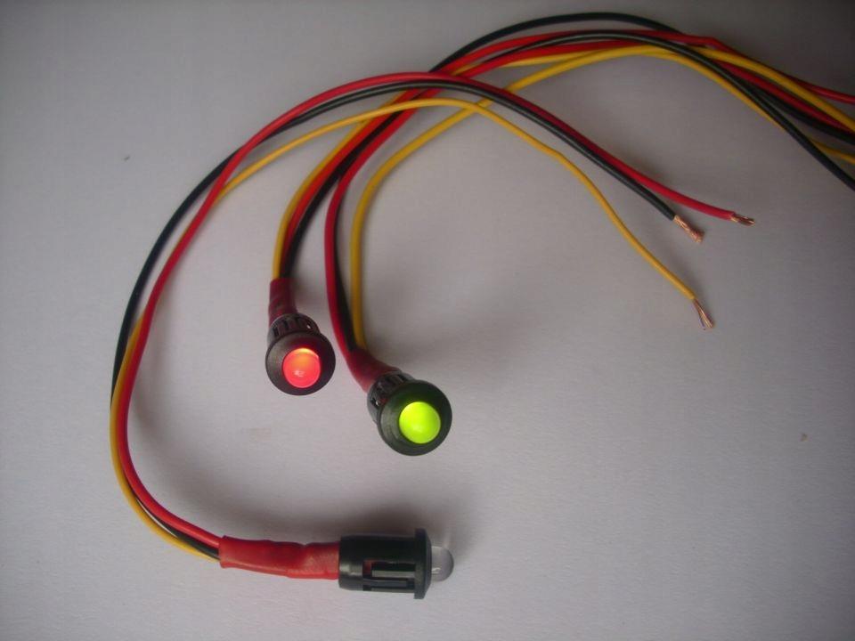 Kontrolka светодиодные RGB czerwona zielona 5mm/8mm 12v 24v