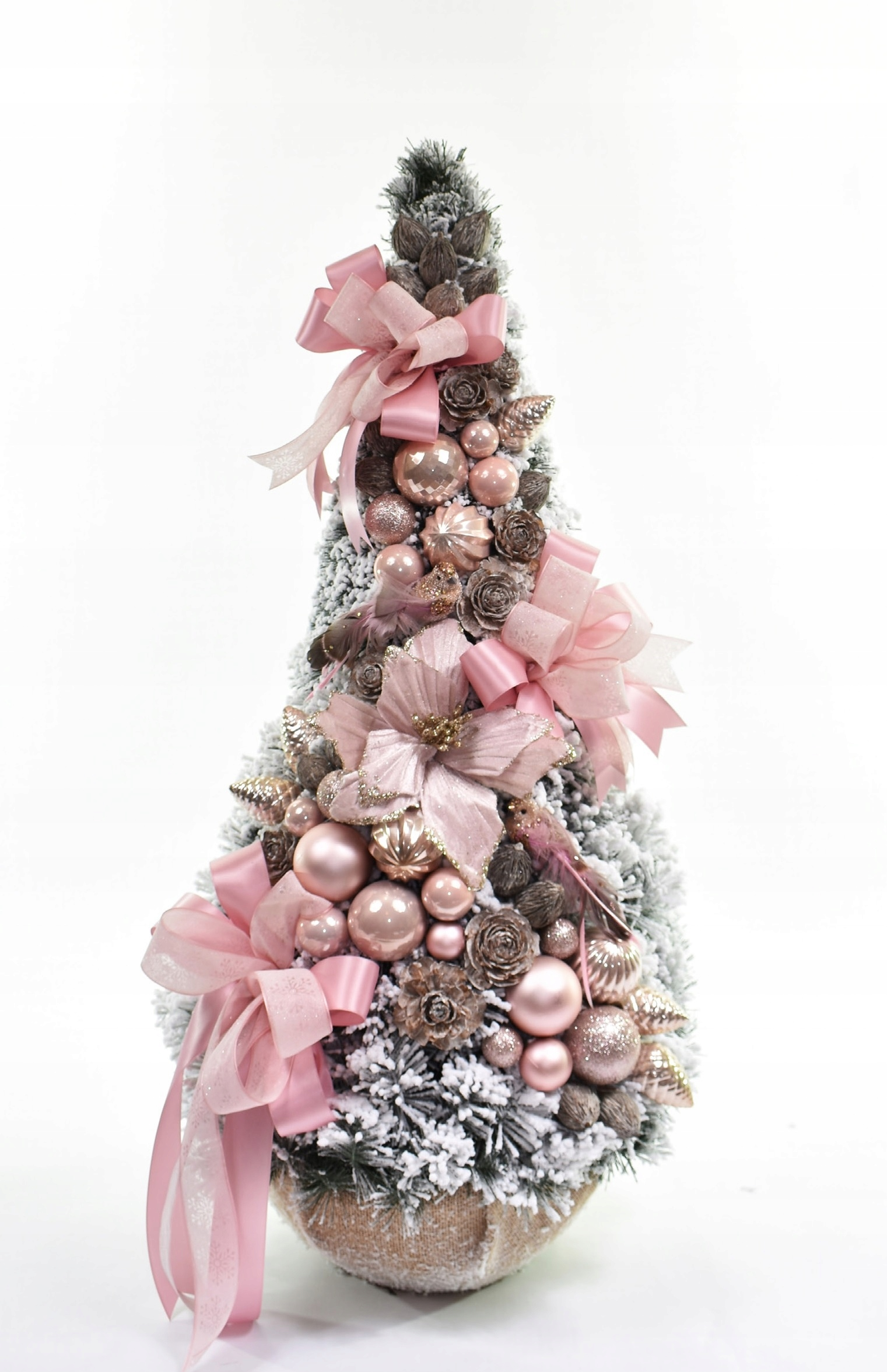 Vianočný stromček zdobený snehovým kužeľom, ružový, 90 cm