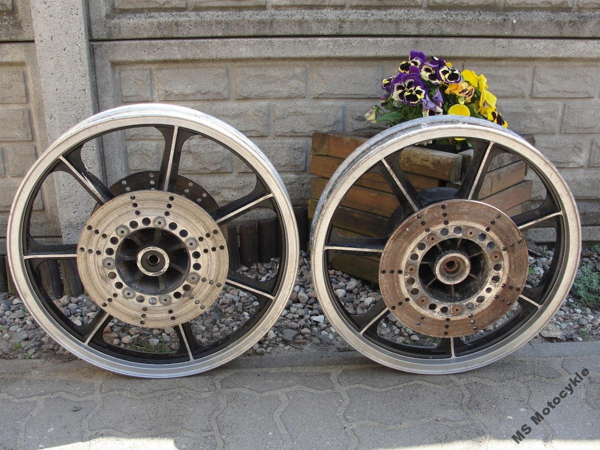 Cafe Racer Kawasaki Kolesové predné zadné Felga Shield