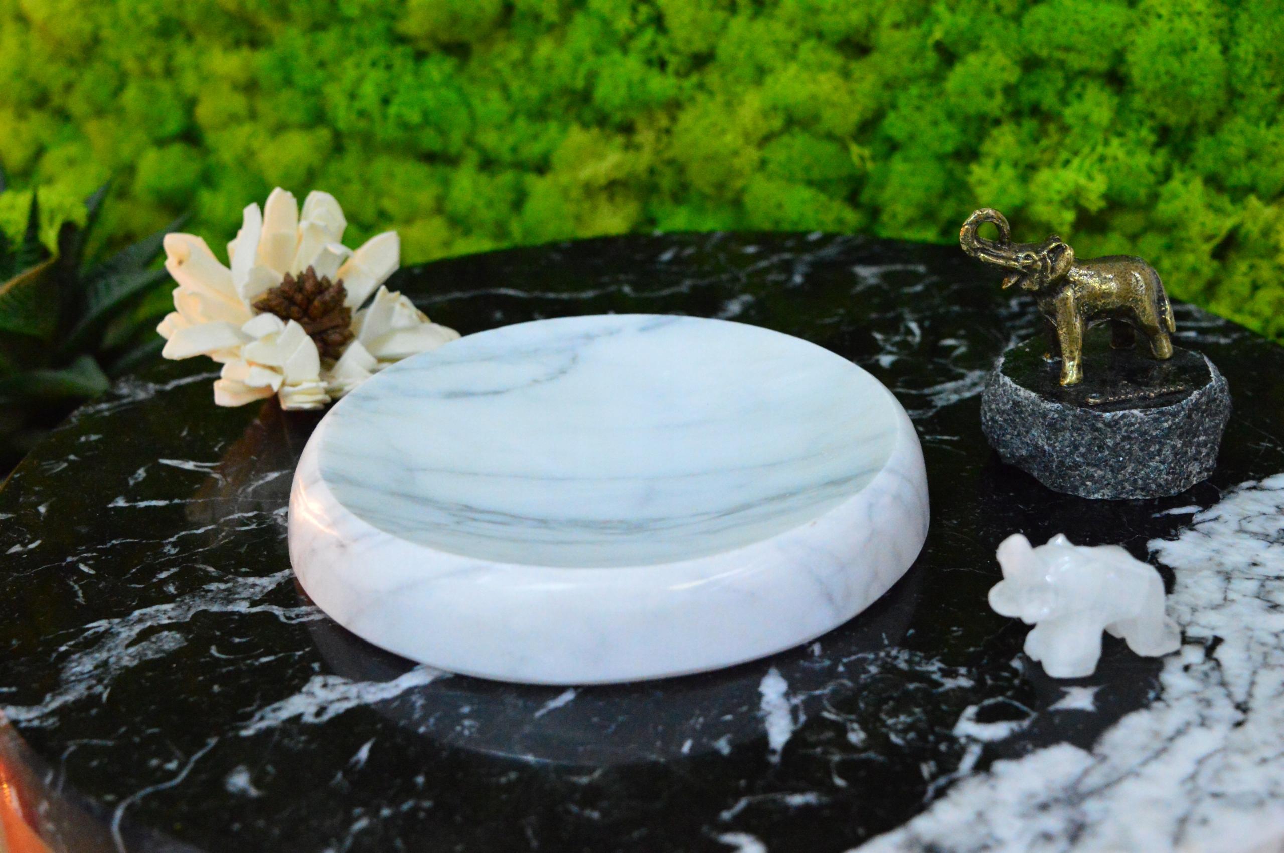 Okrúhla miska na mydlo z kamenného mramoru Bianco Carrara