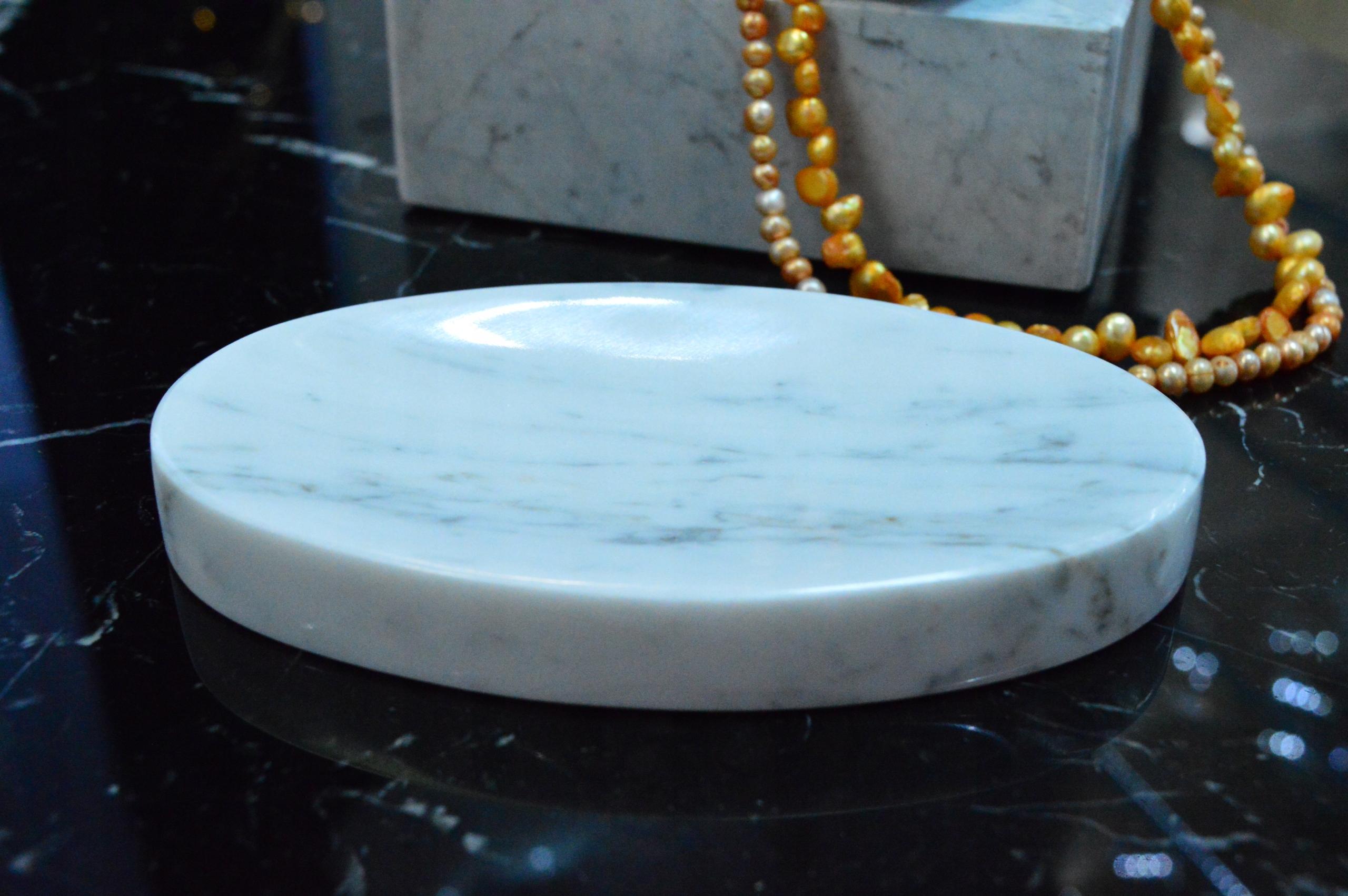 Miska na mydlo z kamenného mramoru Carrara 15x9 cm