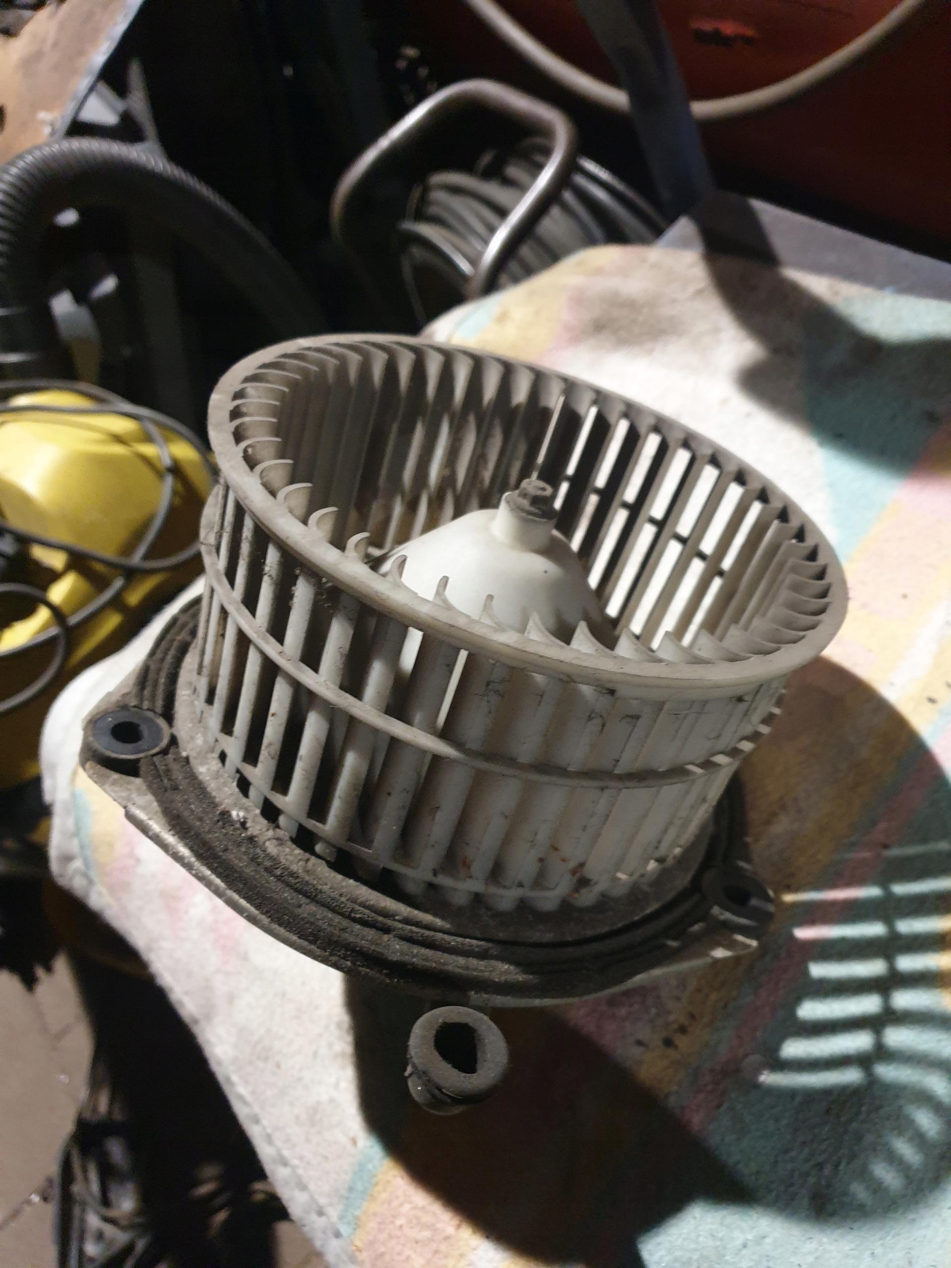 вентилятор промышленный   вентилятор полонез каро