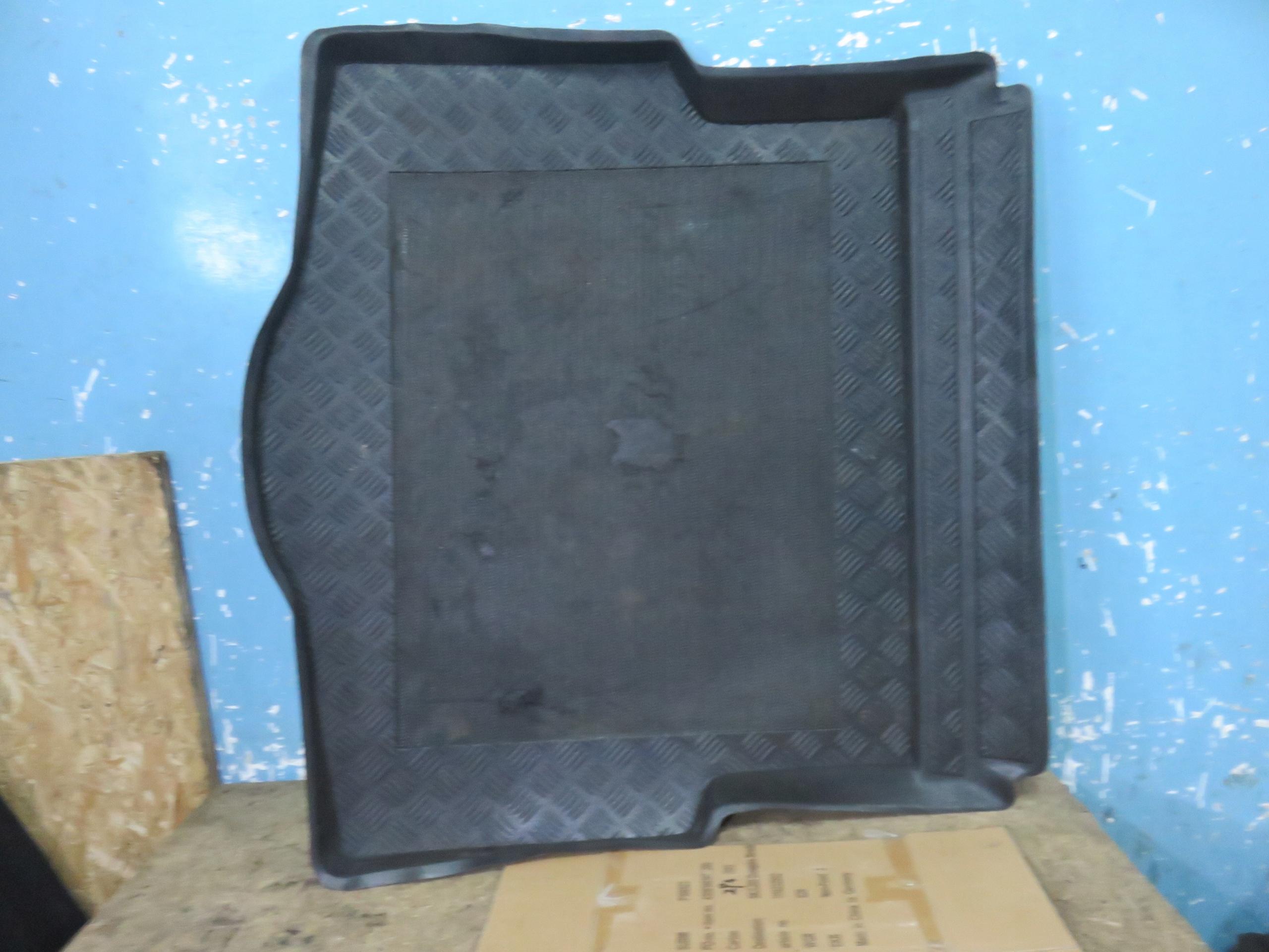 альфа romeo 159 ковровое багажник sw универсал