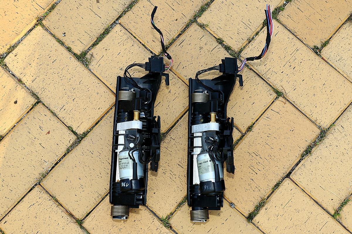 A2219700125 Mechanizm zagłówka Mercedes W221