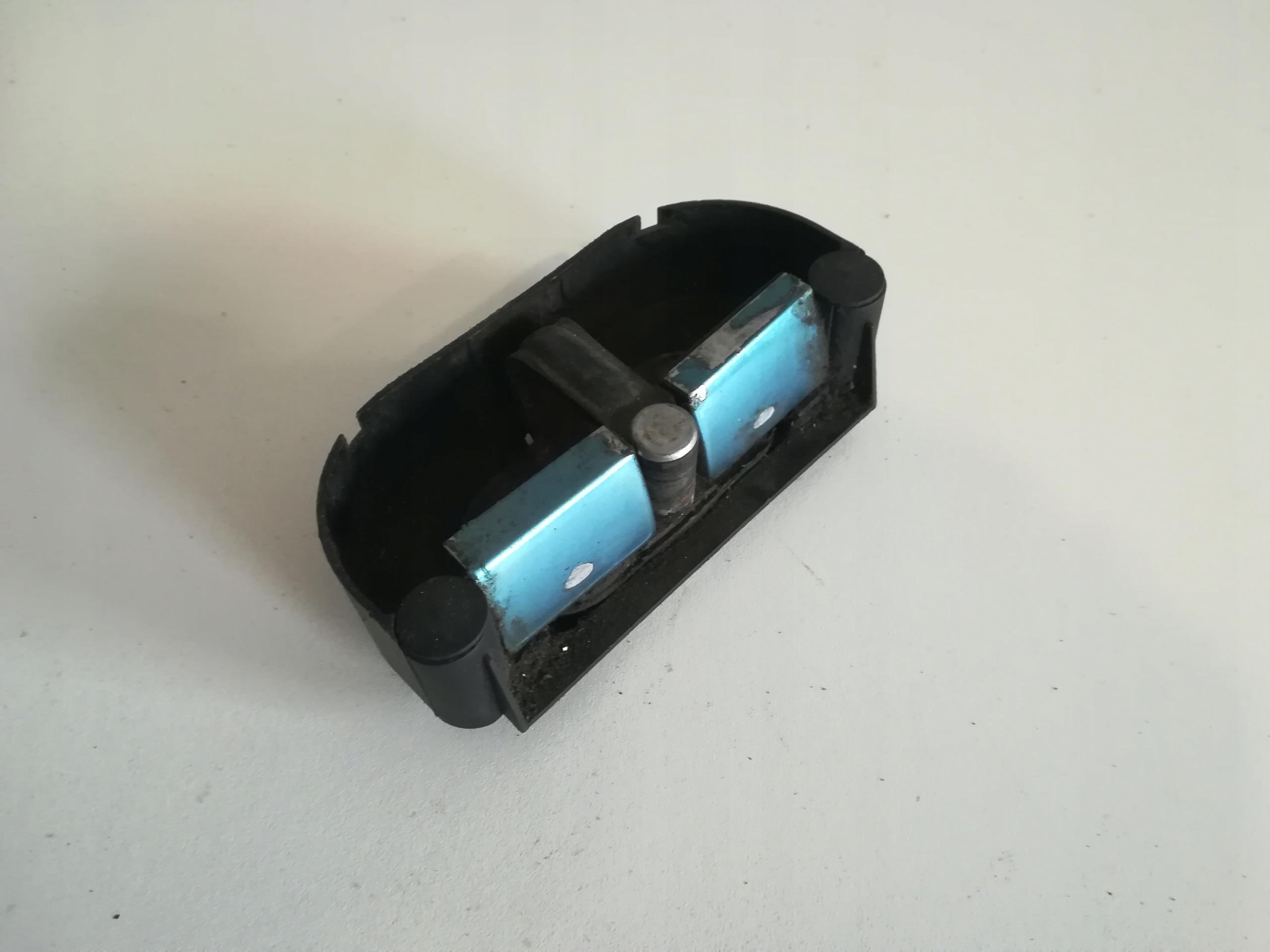ригель замка люка багажник passat b5 fl