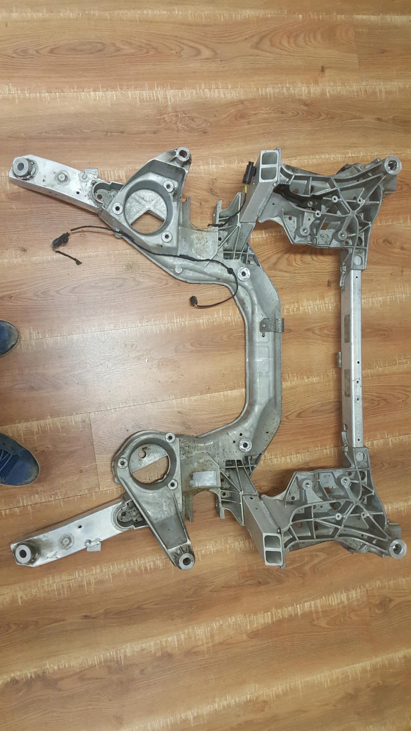 коляска санки колыбель вперед bmw 7 f01 f02 f04 x-driv