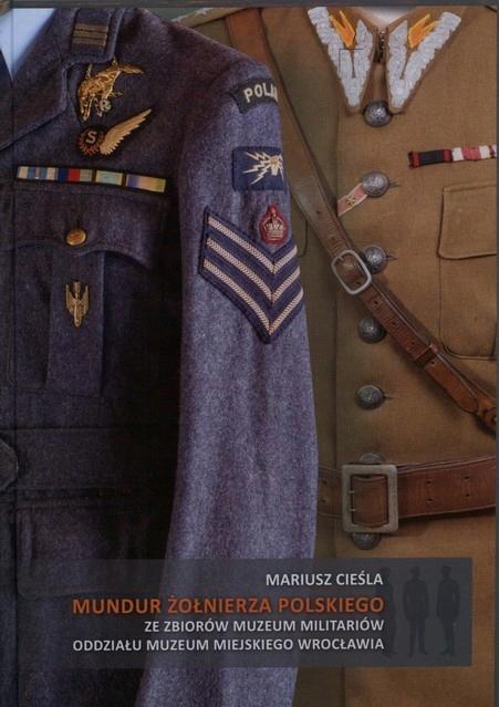 Mundur żołnierza polskiego ze zbiorów Muzeum