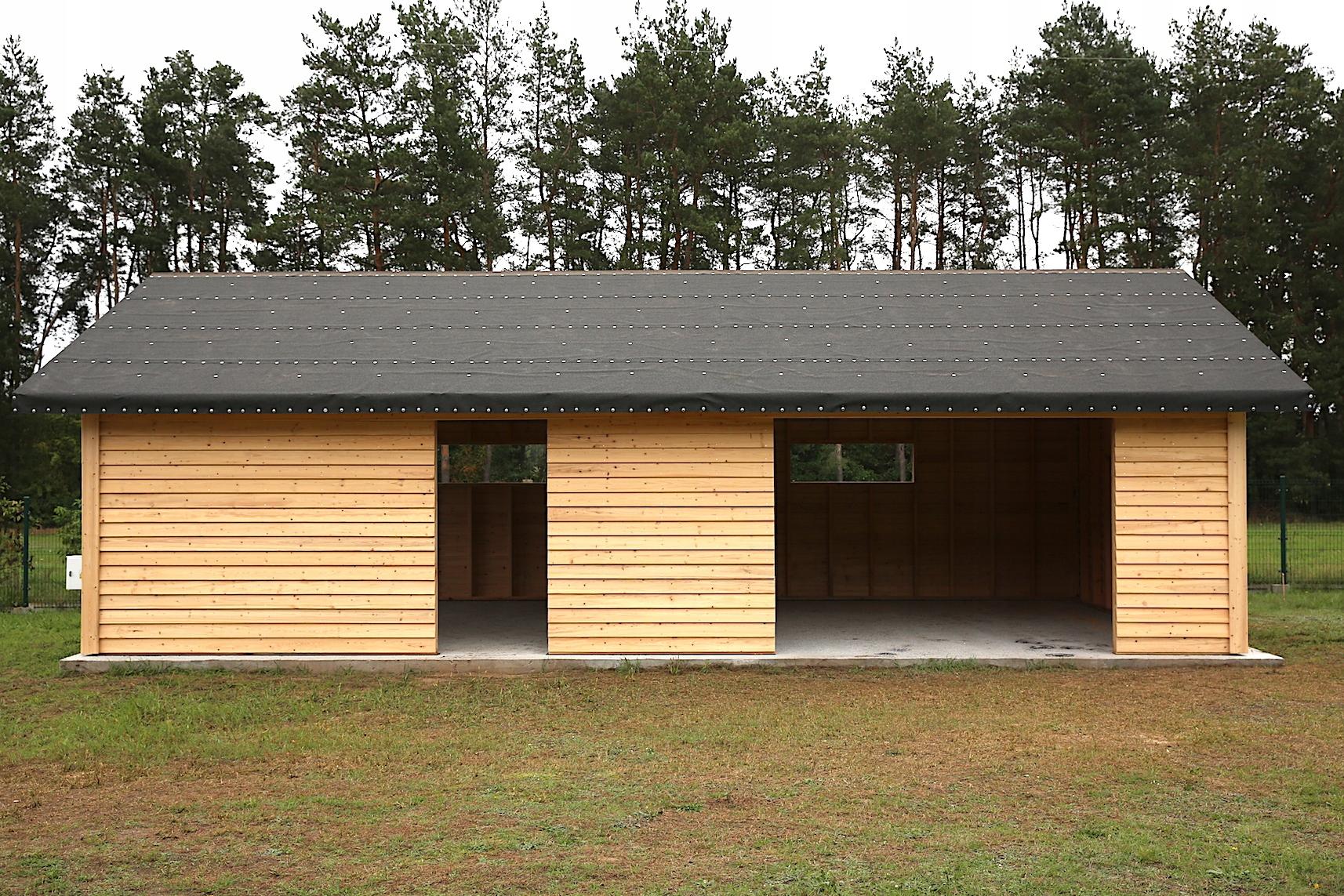 Фото гаражей из дерева