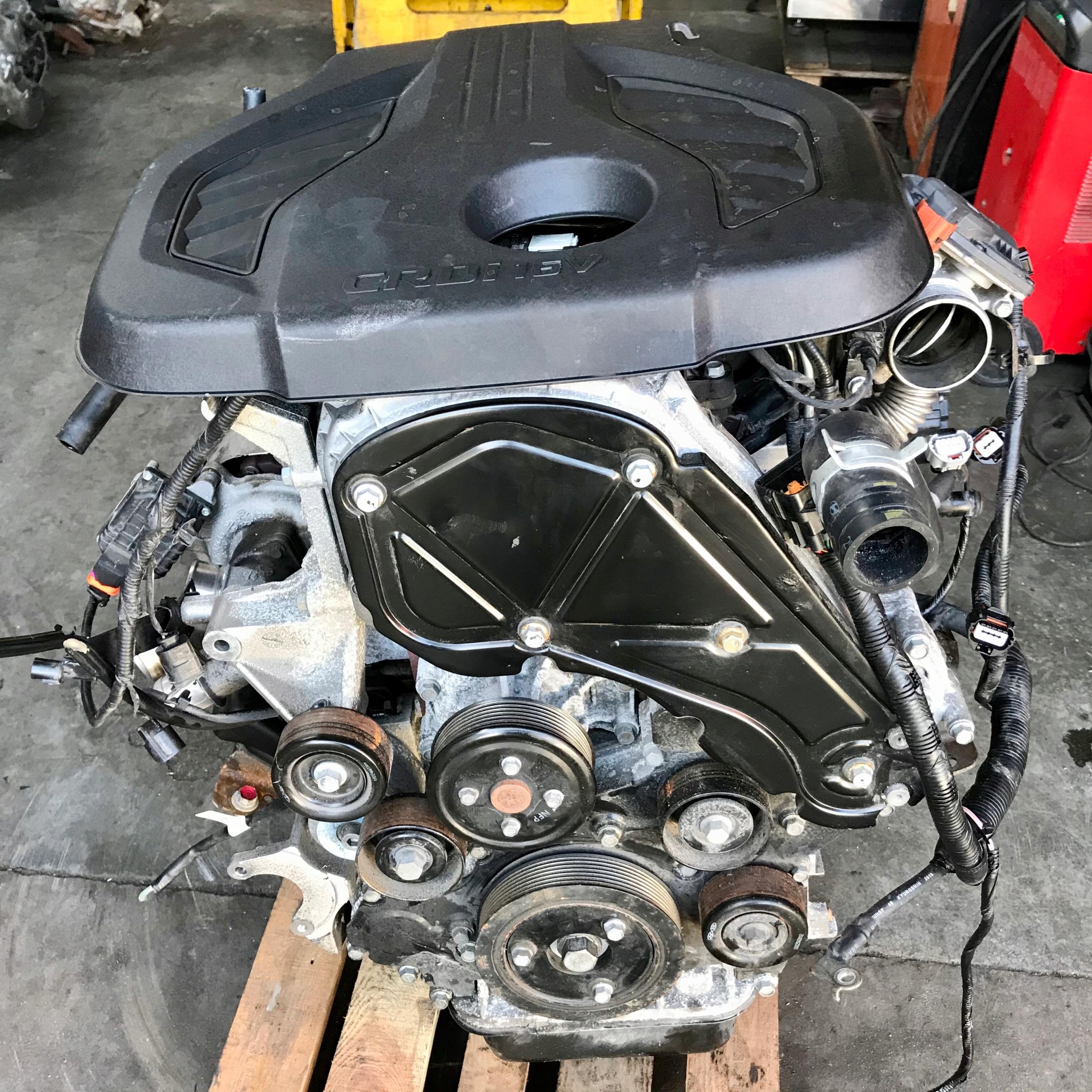 двигатель hyundai i800  h1 25 cdri 170km  2018r d4cb