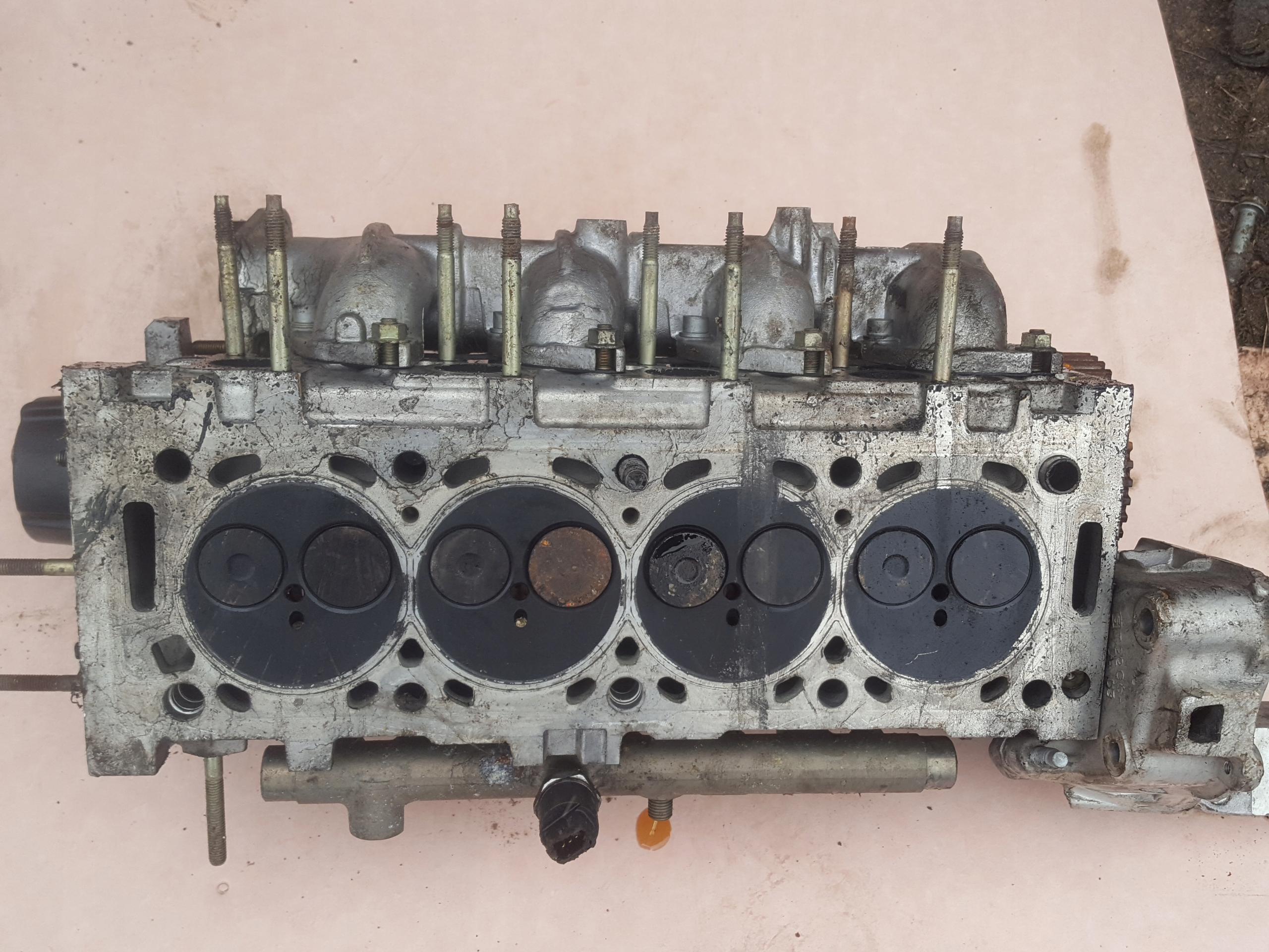 Picture of ENGINE HEAD PEUGEOT 406 2.0 HDI