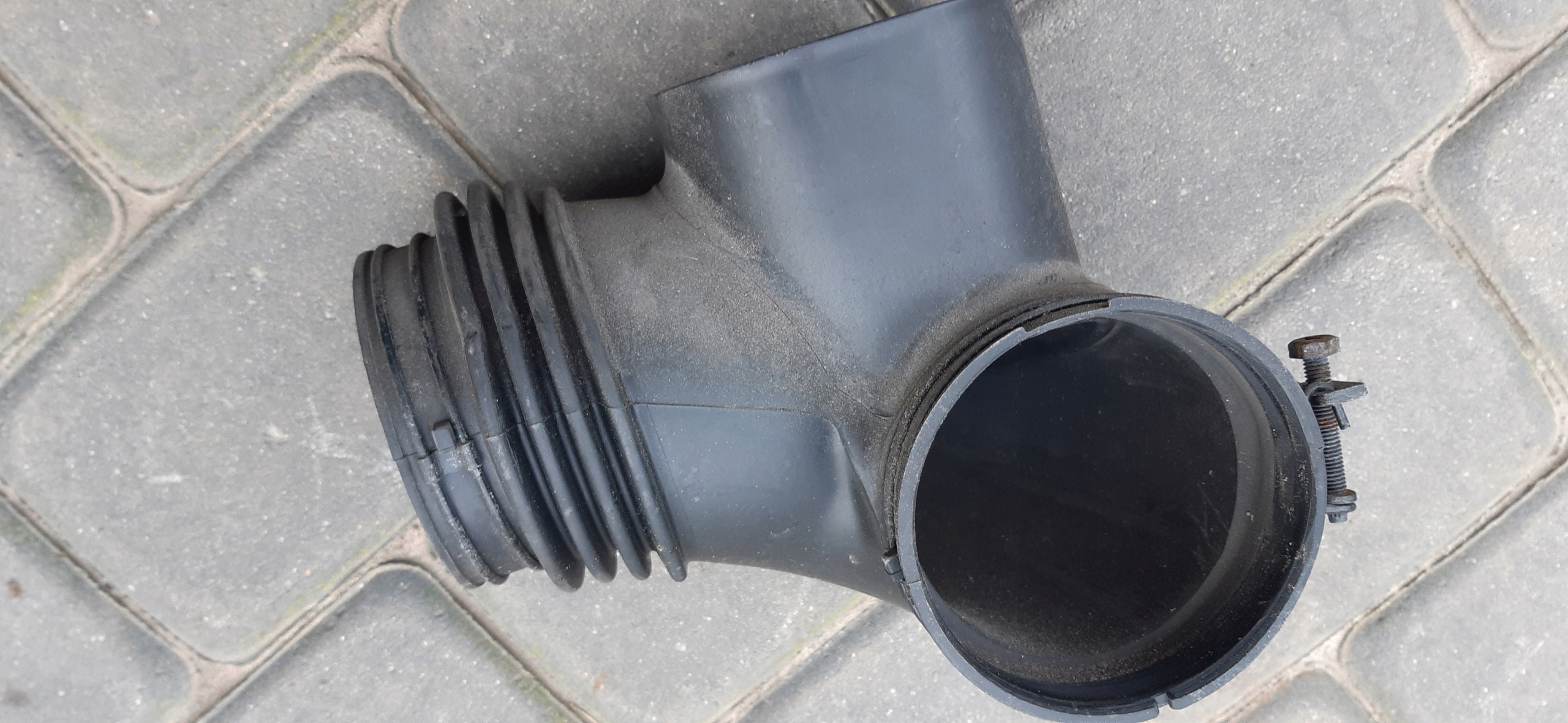 Kia Sorento 3.3 V6 Rura Przewód 2