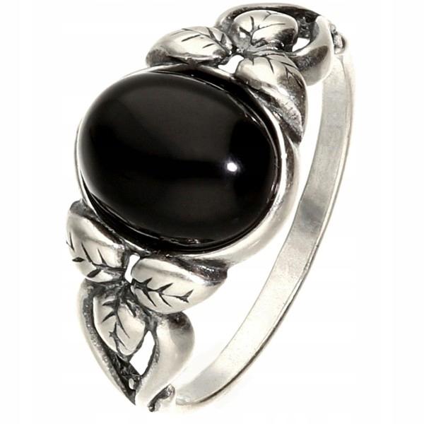 Retro strieborný prsteň s onyxovým ďatelinou 22
