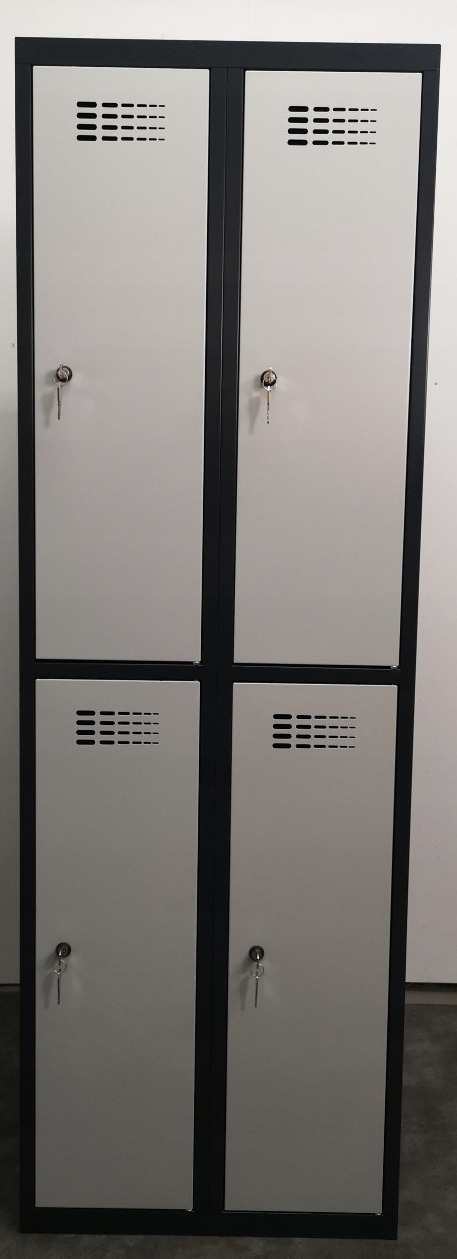 Гардероб, сейф, шкафчик, 4 камеры ЦВЕТ