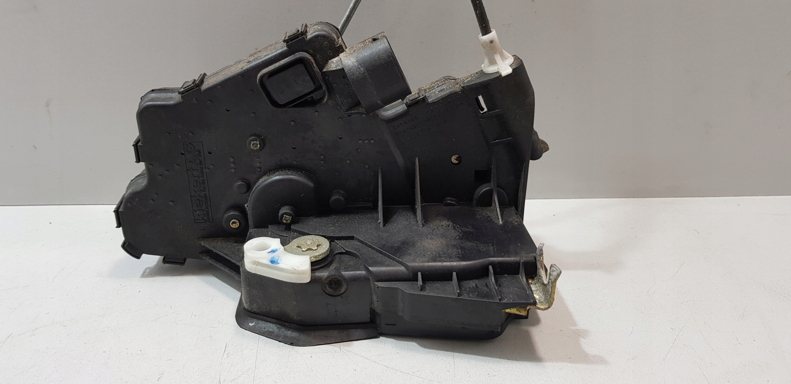 Picture of BMW E46 DOOR LOCK RIGHT REAR 7PIN
