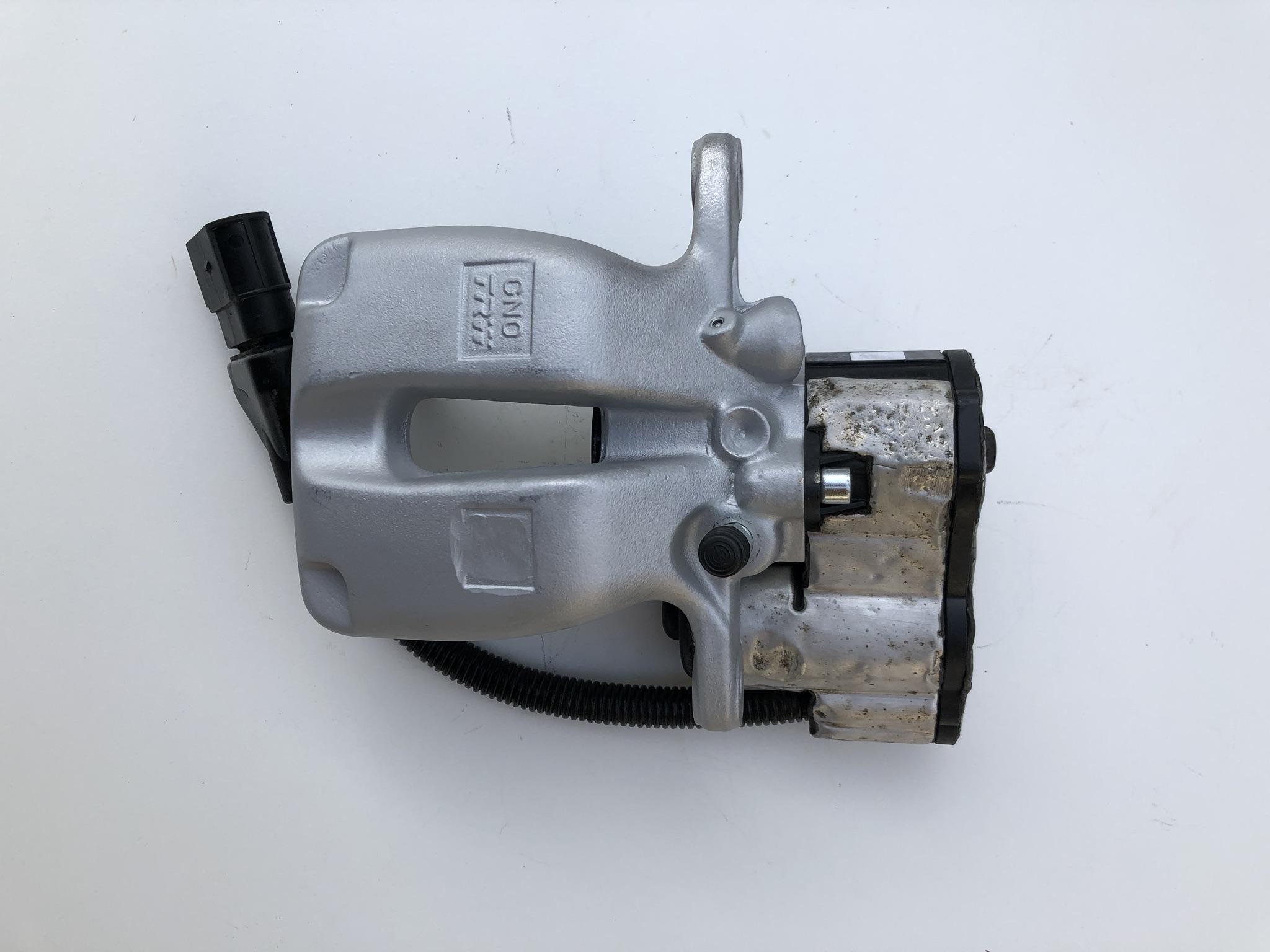 audi a8 d3 зажим тормозная система электрический сзади