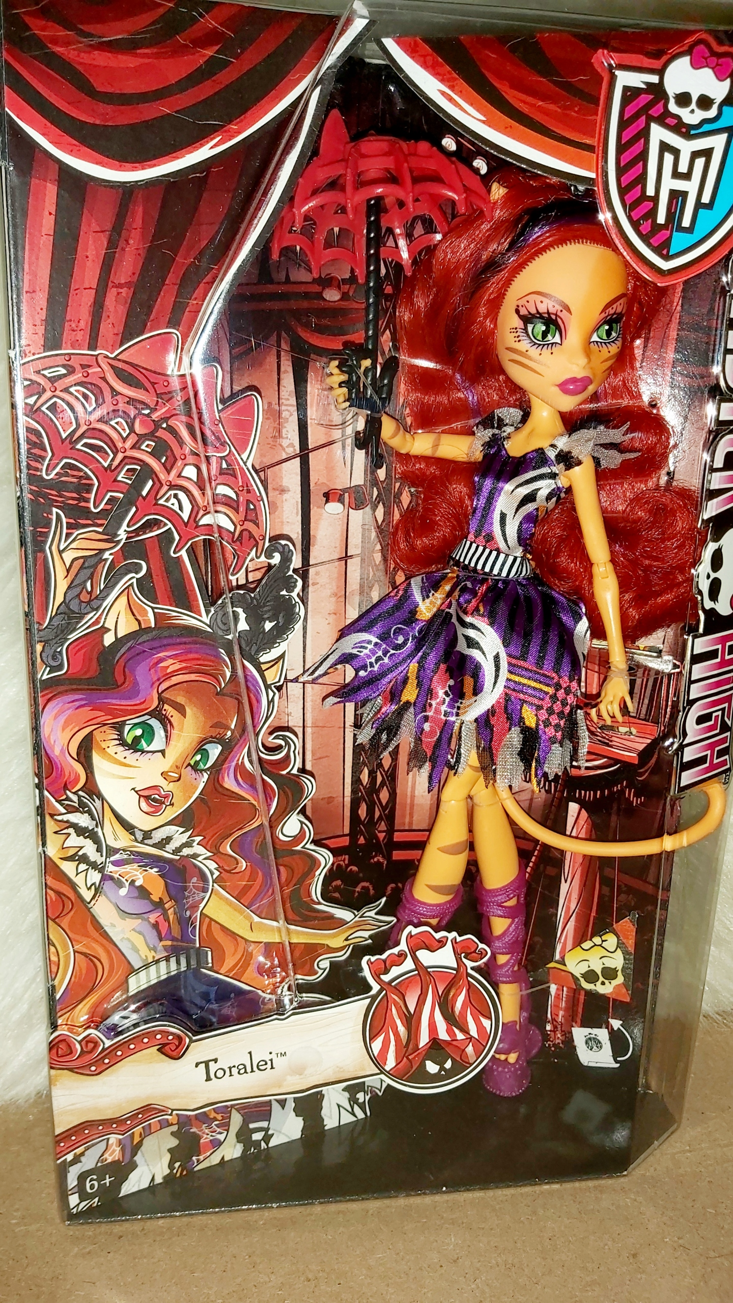 Prúžok Monster High Cyrk de Chic Toralei