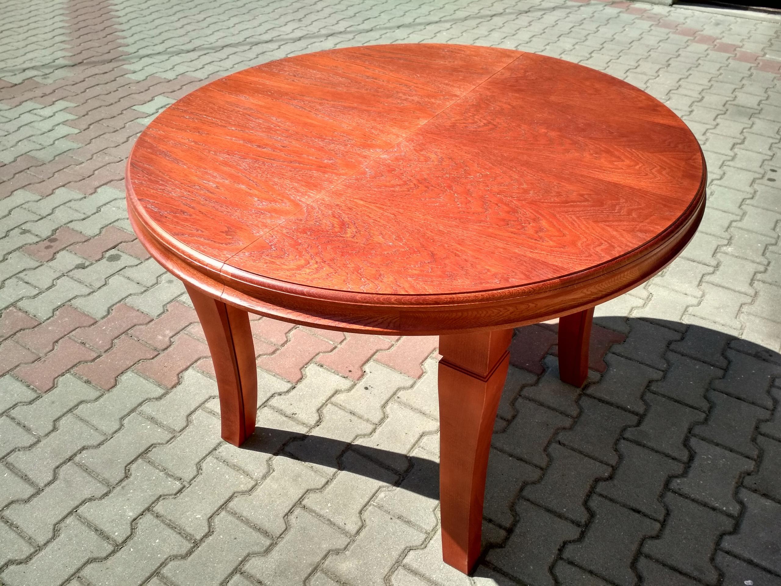 Rozťahovací okrúhly stôl 8 nôh 140 cm x 340 cm Hit
