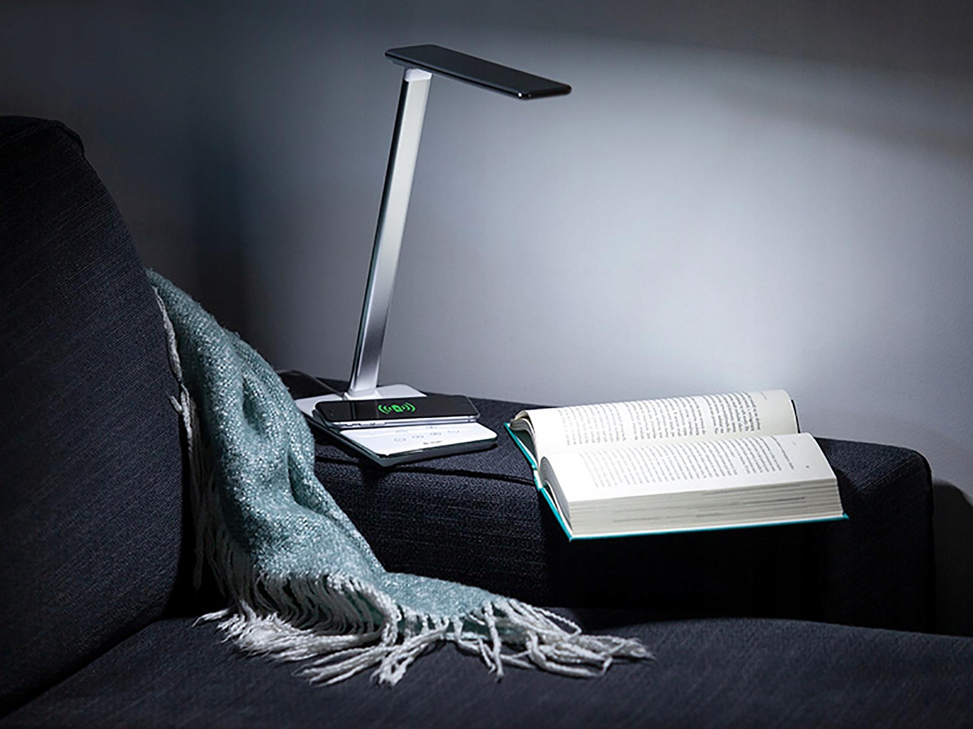 LAMPKA NA BIURKO LED Z ŁADOWARKA BEZPRZEWODOWA 9065466752