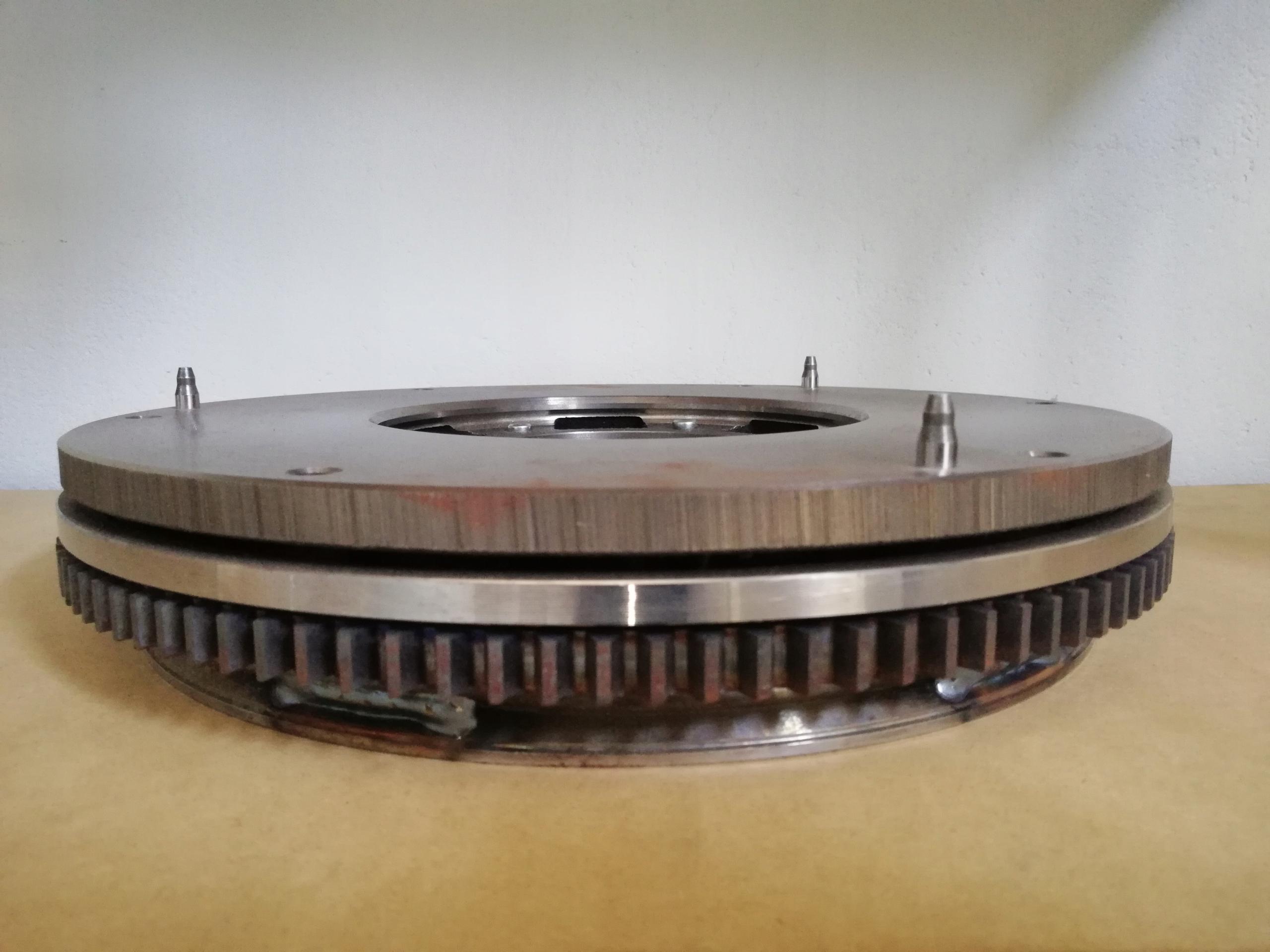 круг двухмассовый iveco daily 415026810 распродажа
