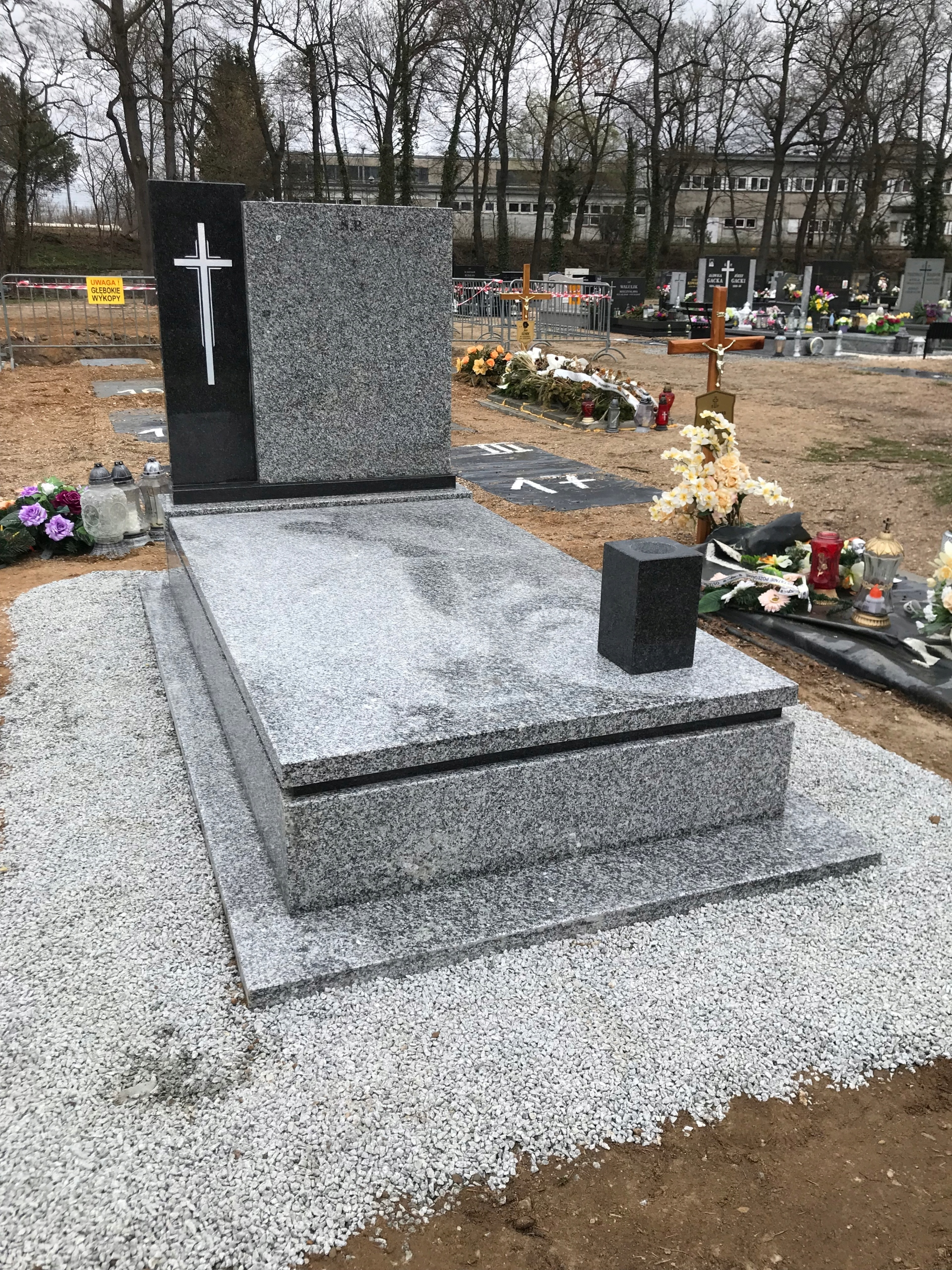 Item THE TOMBSTONE MONUMENT OF SOLID GRANITE STRZEGOM + IMPALA