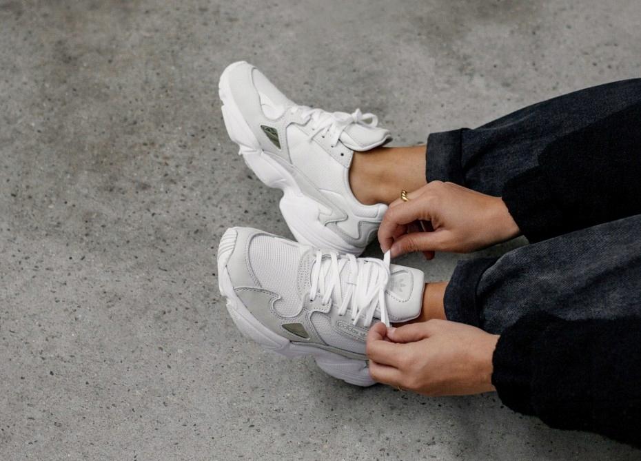 Buty adidas Falcon W B28128 FtwwhtFtwwhtCrywht
