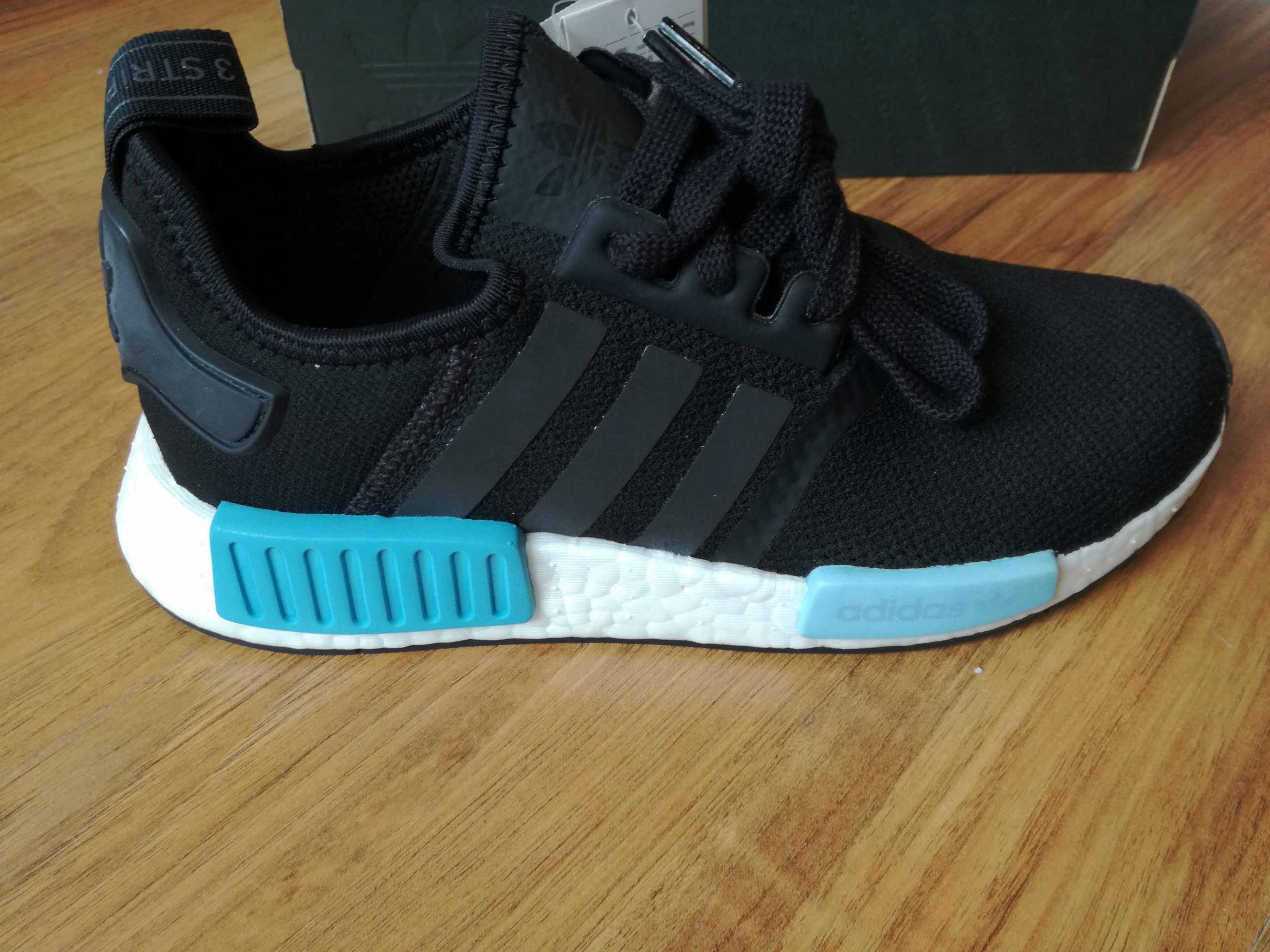 Adidas NMD R1 Sneakersy BY9951 BOOST r. 36