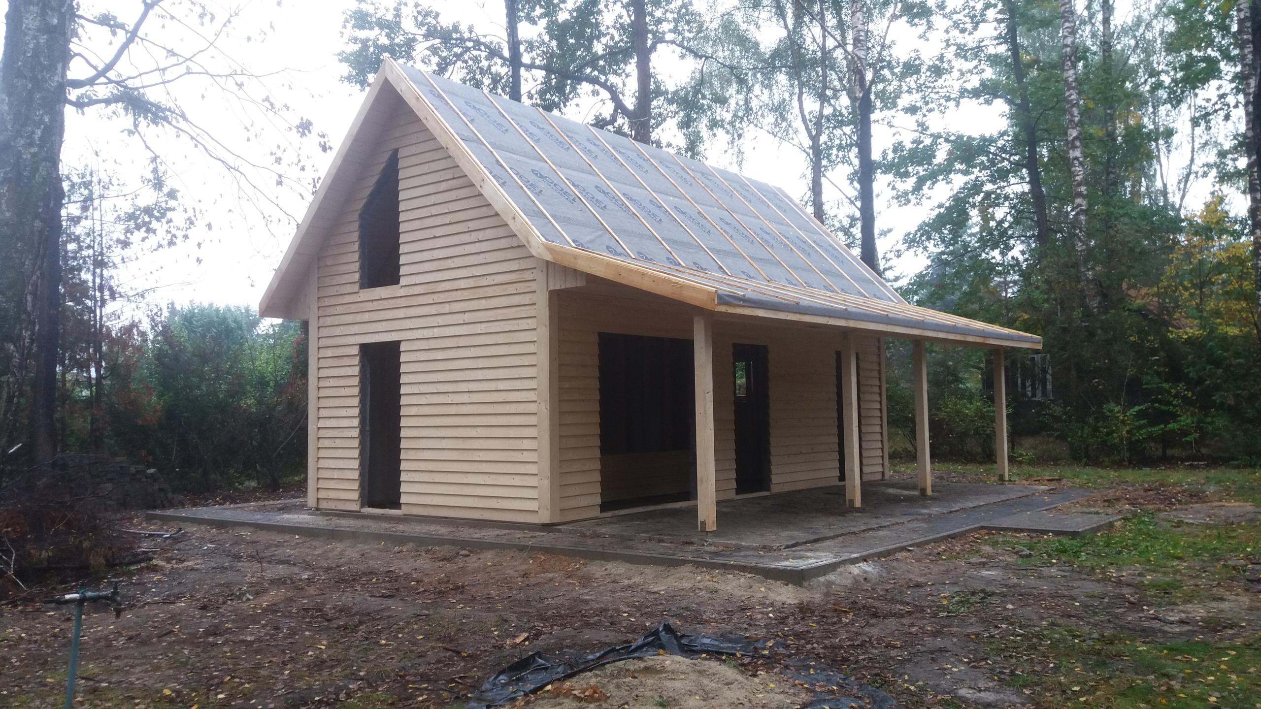 Деревянный каркасный дом на террасе применение