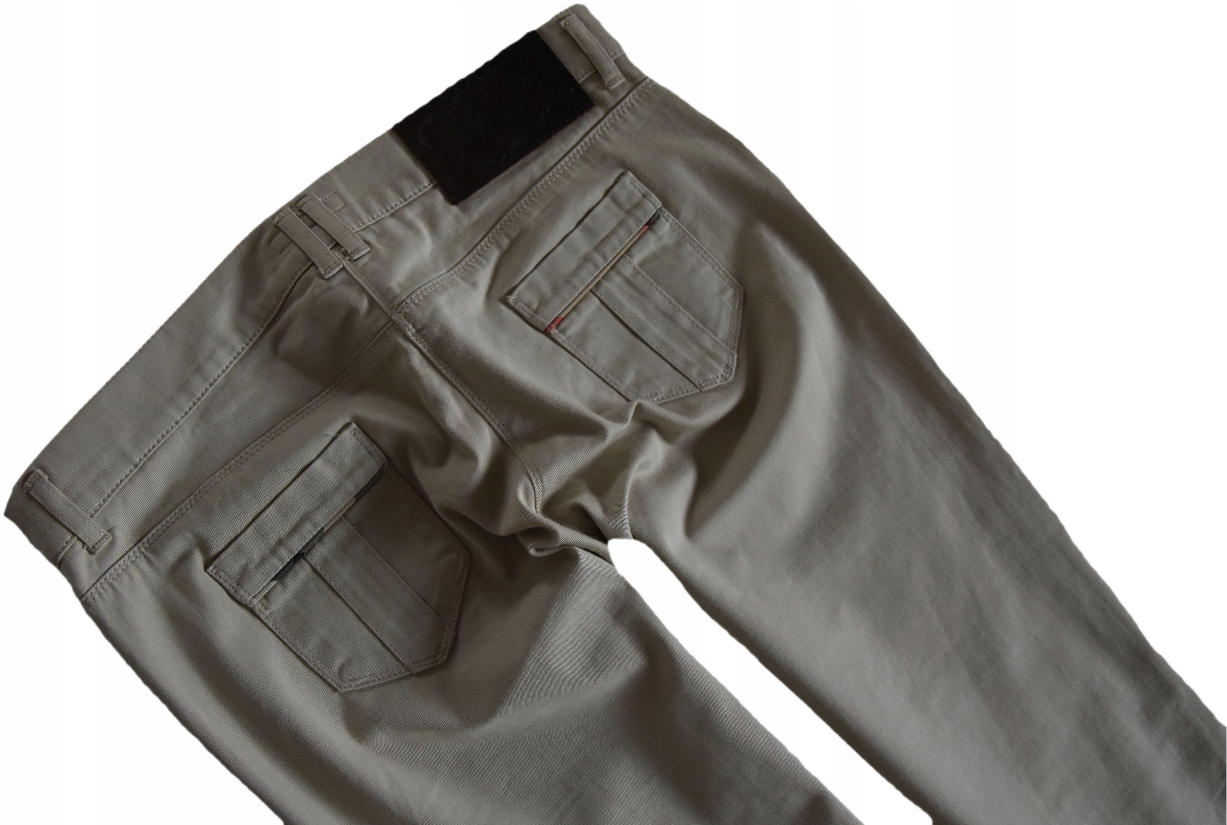 BURBERRY spodnie damskie beżowe wygodne M jak nowe