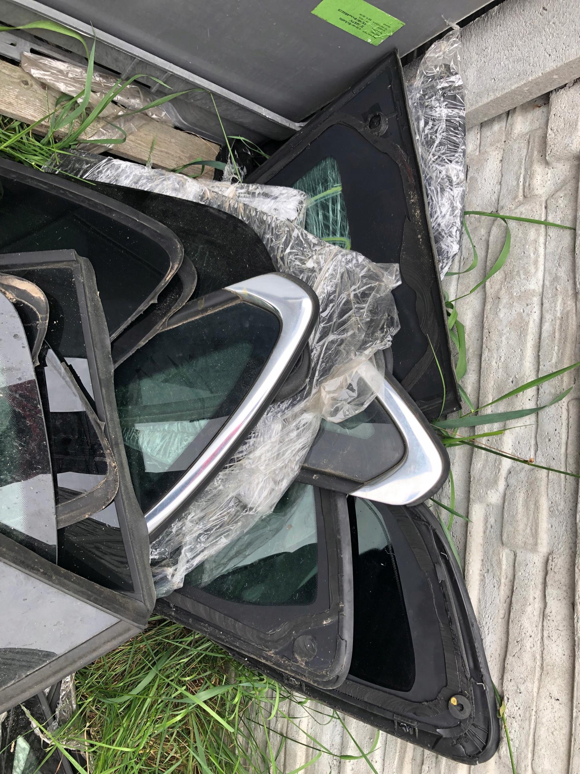 Peugeot 508 стекло karoseryjna мост