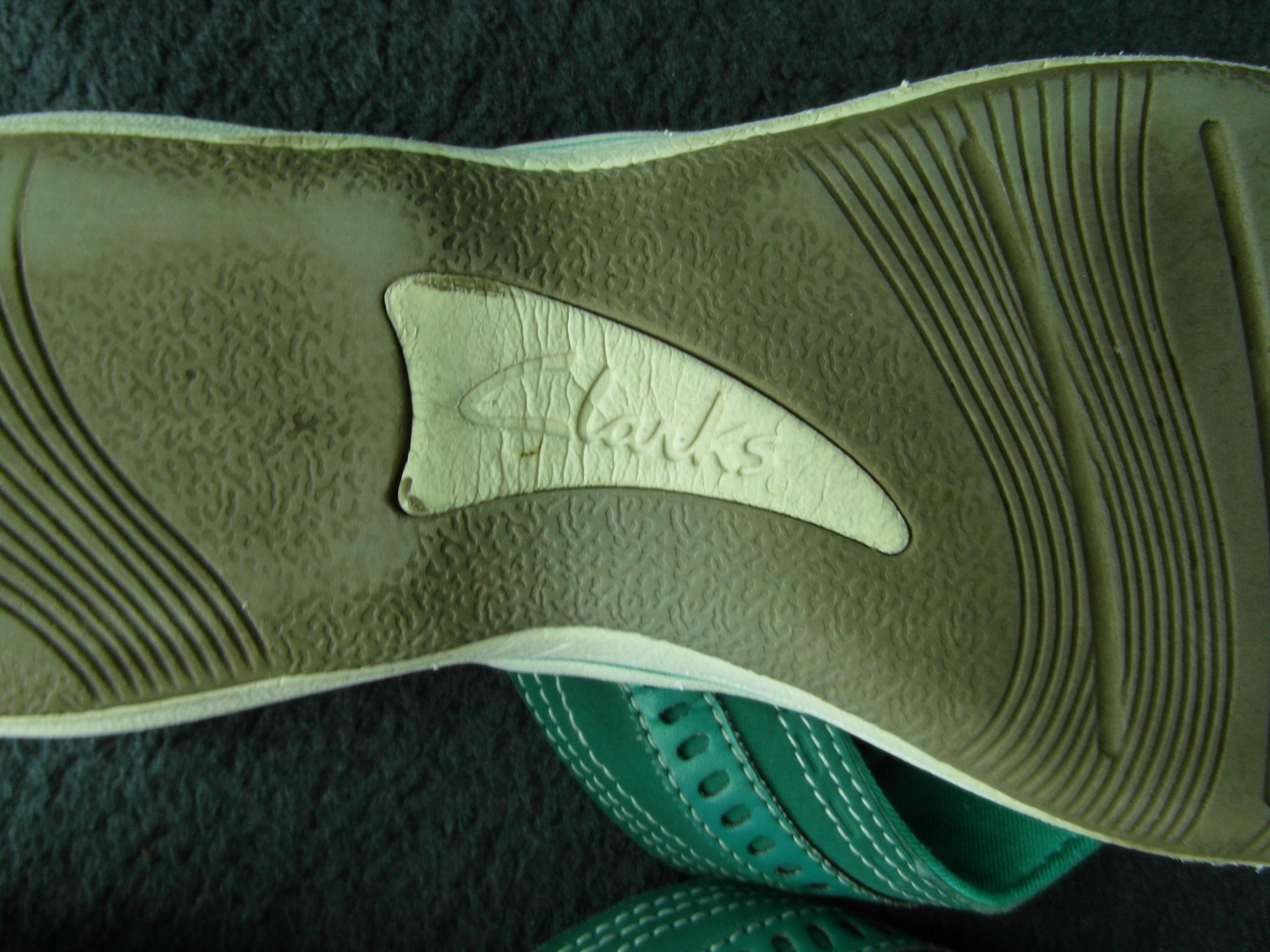 Klapki CLARKS 26cm zielone