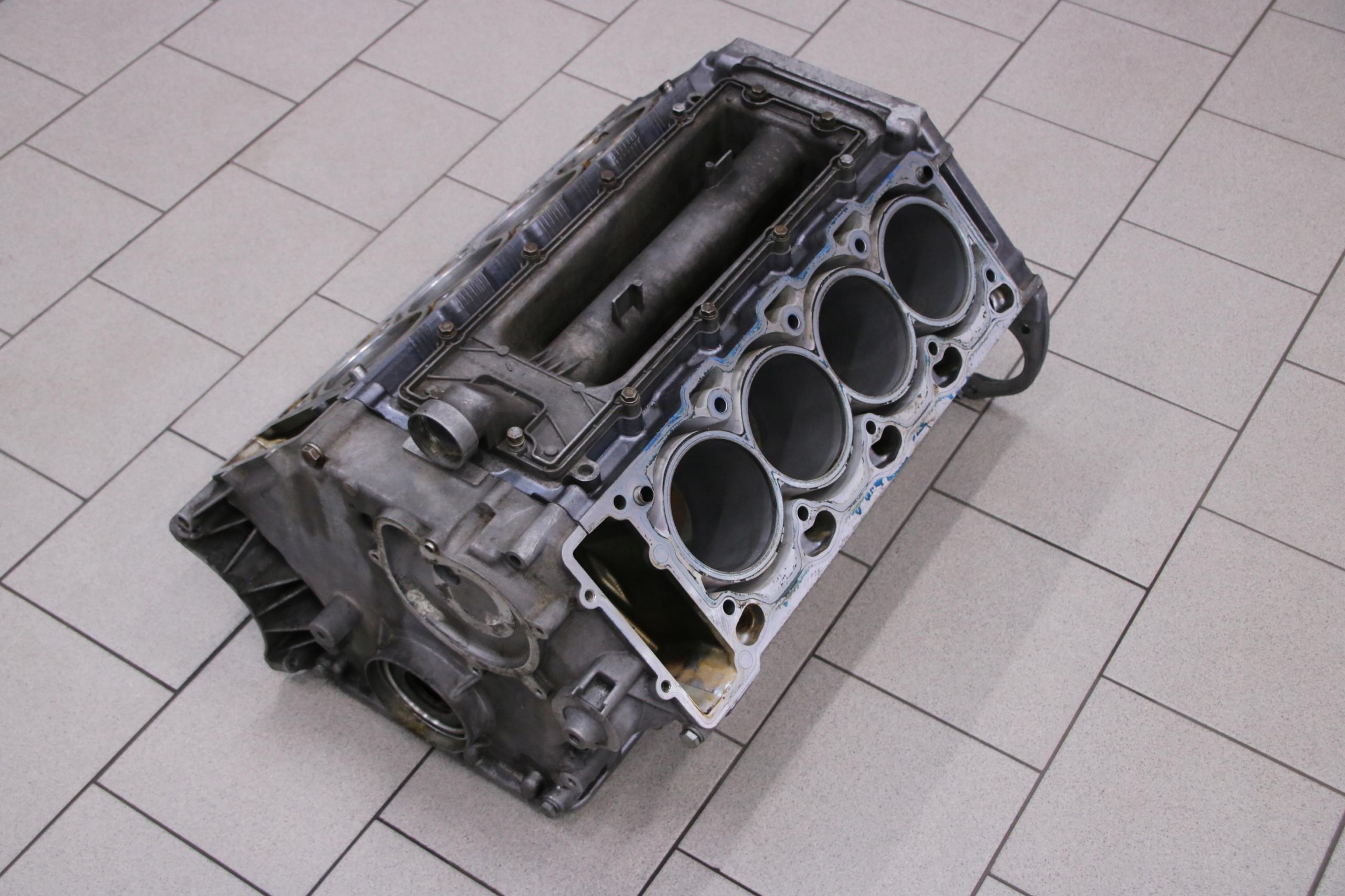 bmw e60 e63 e65 e53 4 4 n62 n62b44 v8 блок двигателя