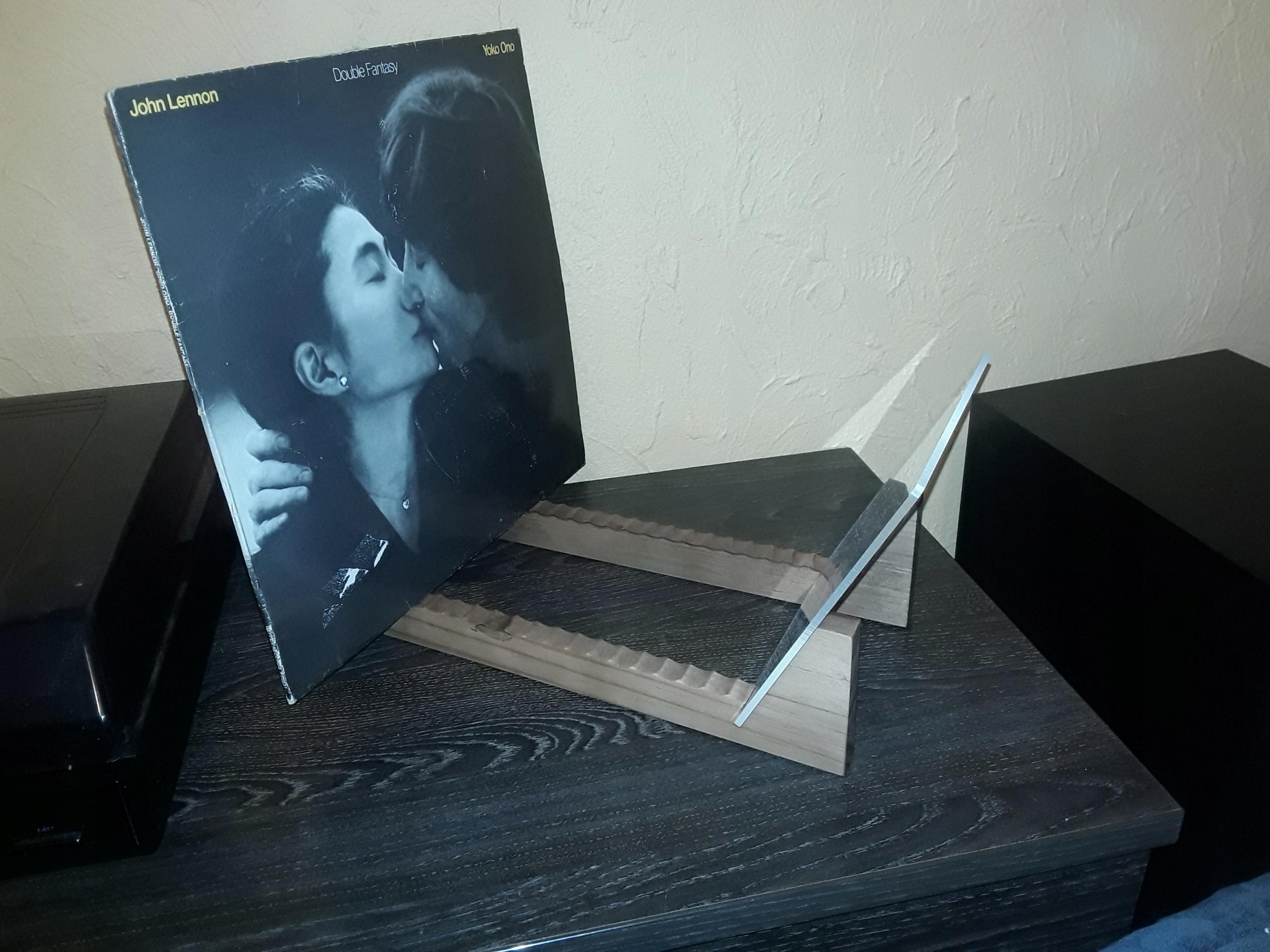 Item Stand,box,vinyl records, vinyls 50 discs,c