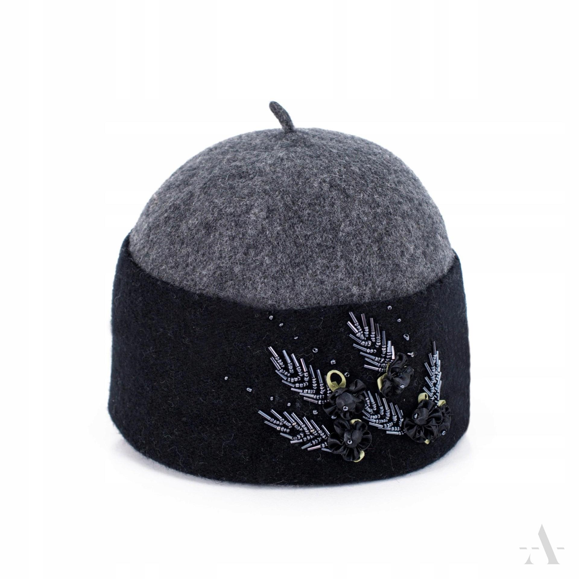 Nádherná vlnená čiapka v retro štýle TOCZEK
