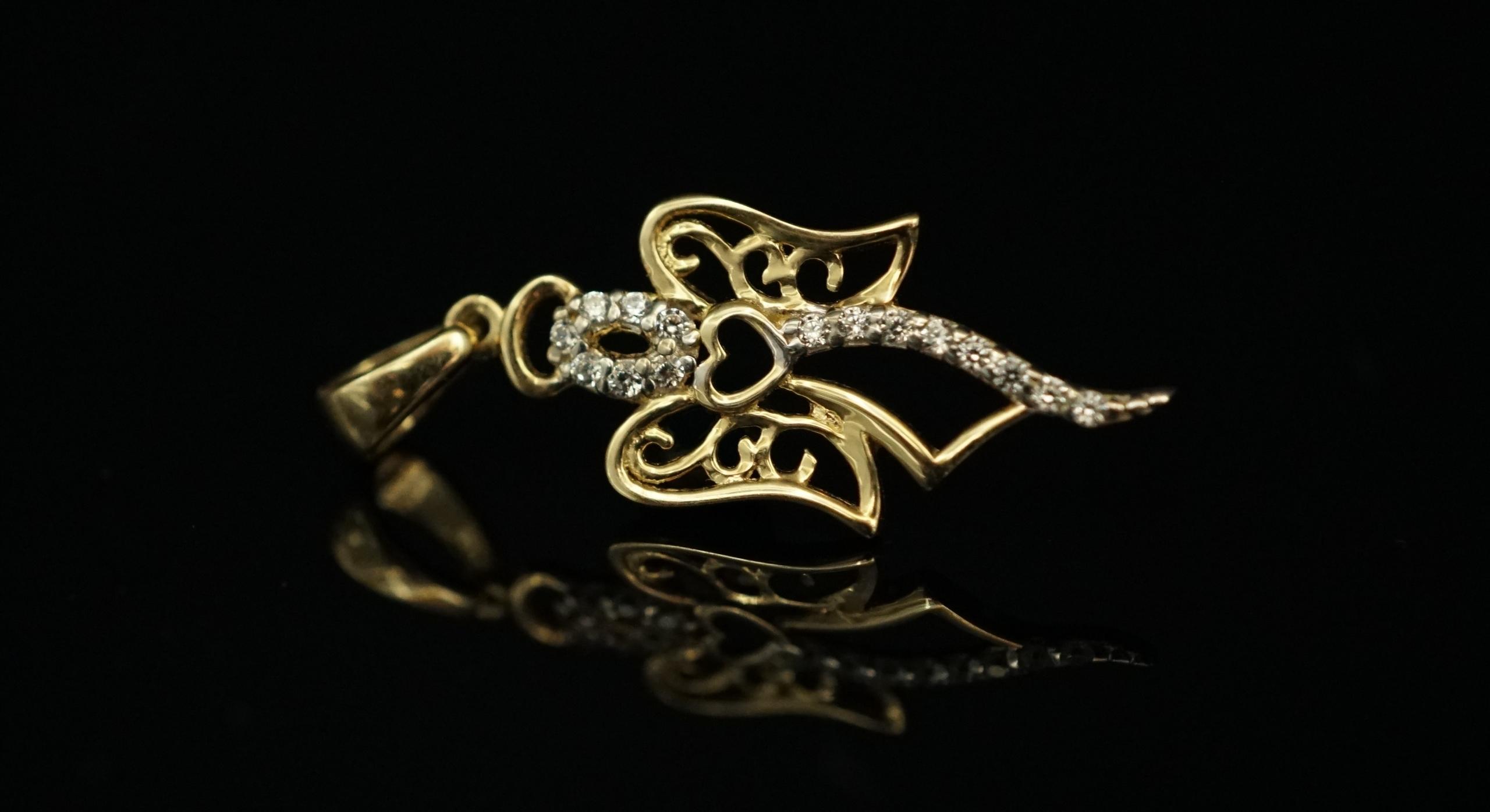 Gold 585 zlatý prívesok Anjel s cyrkoniami
