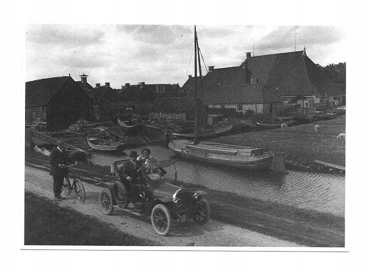 Poczt.- Samochód, łódki na kanale i rower / Fryzja