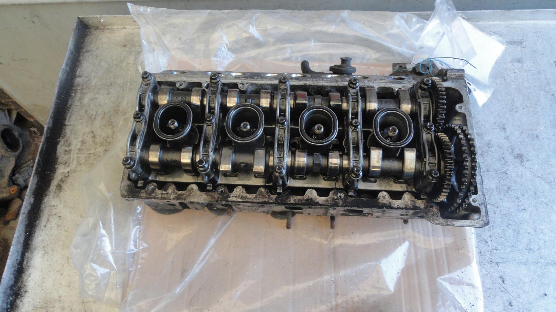 головка двигателя mercedes w210 2 2d