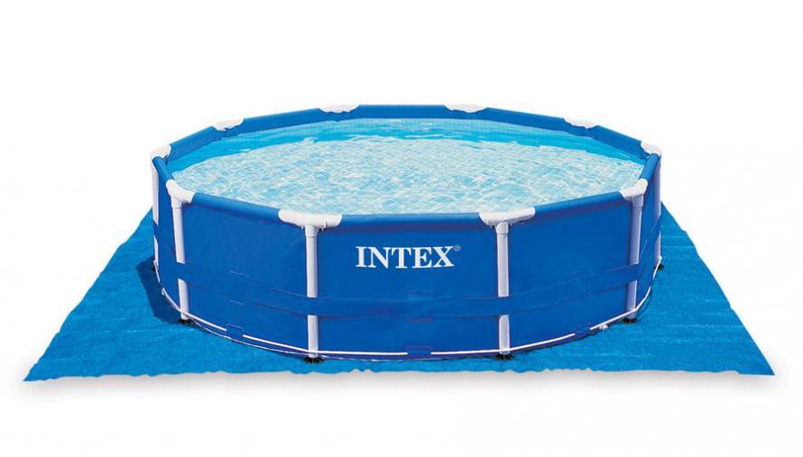 Odolná podlahová podložka pod bazénom 5 x 6 m