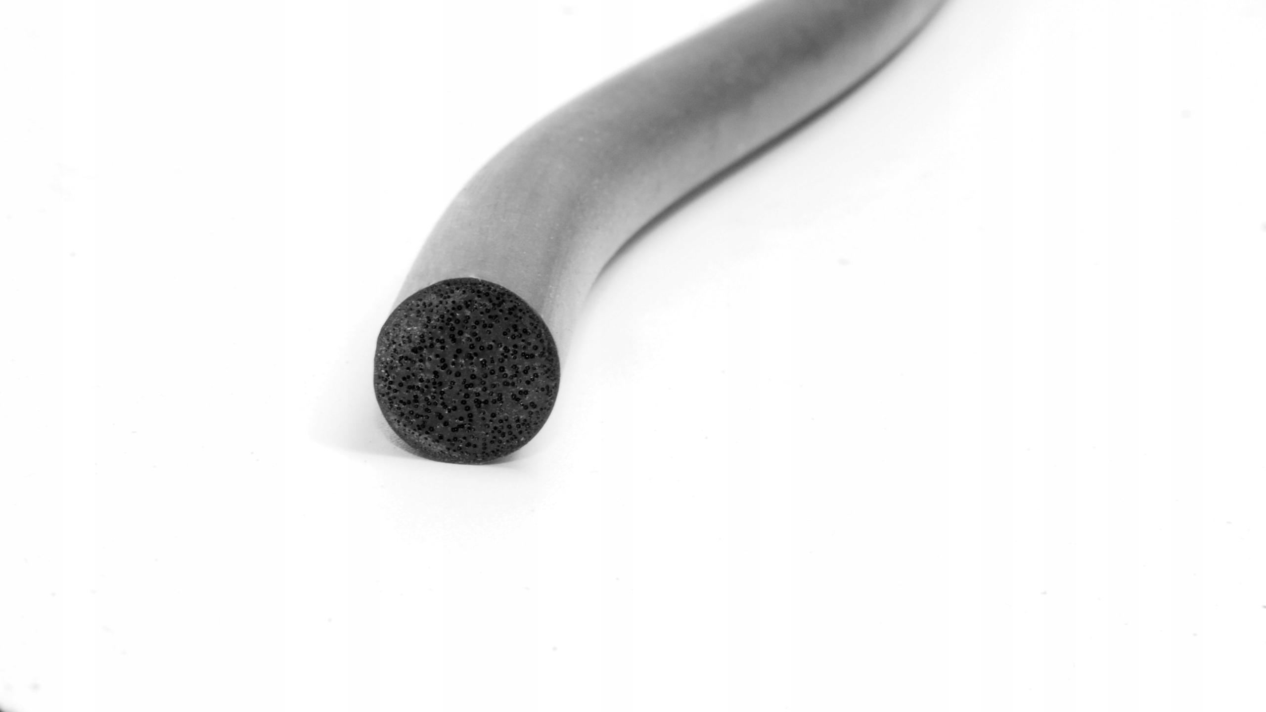 Пористый резиновый шнур 4 мм EPDM (пена)