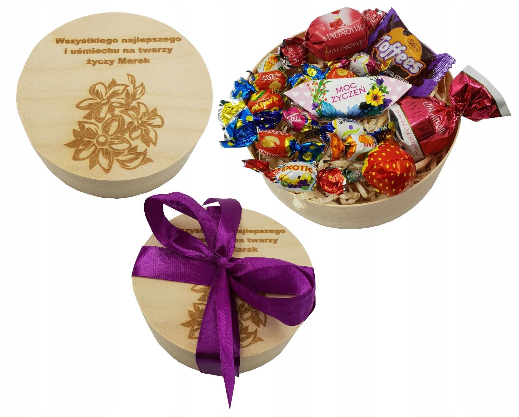 Item Box Engraver's day Gift we women Granny