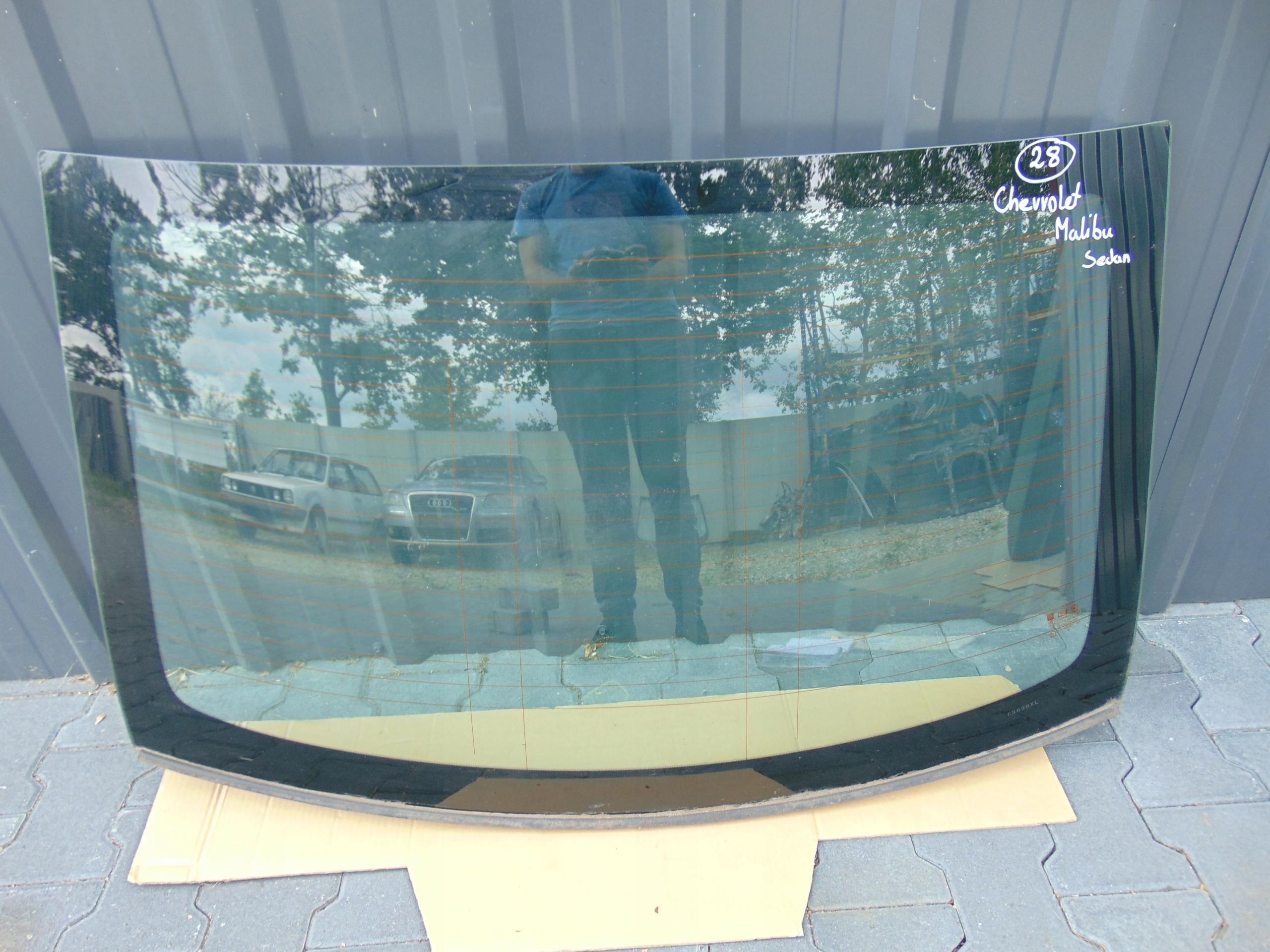 стекло сзади мост chevrolet малибу седан 2012-
